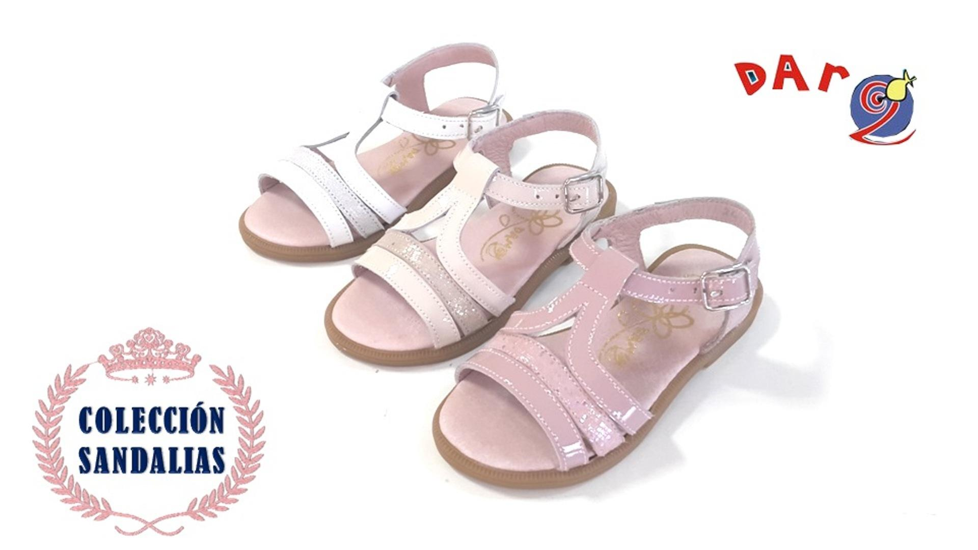 Zapater a infantil en illueca zapatos dar2 illueca for Zapateria infantil