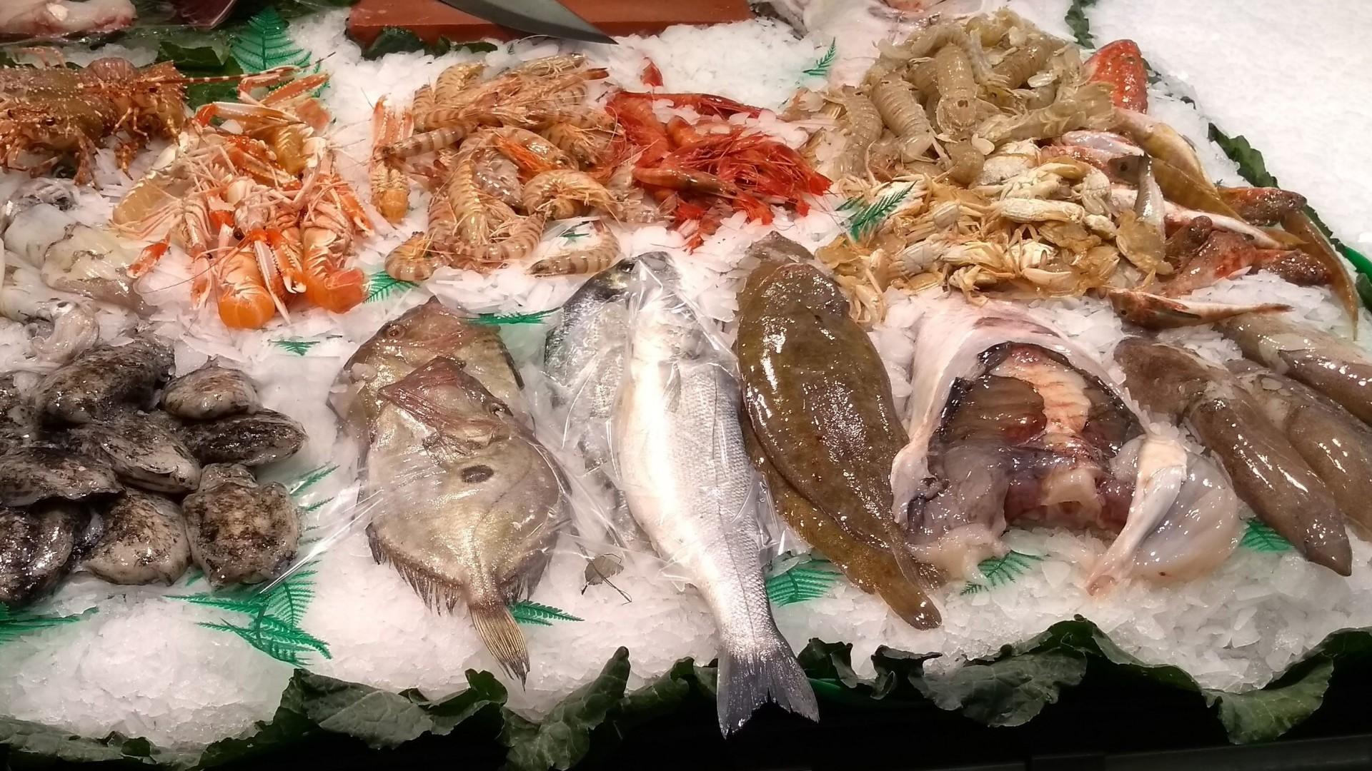 Pescado y marisco a domicilio en Eixample, Barcelona
