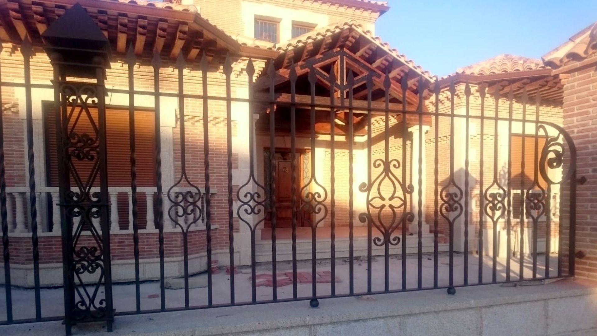 Fabricación y venta de cerrajería en Méntrida