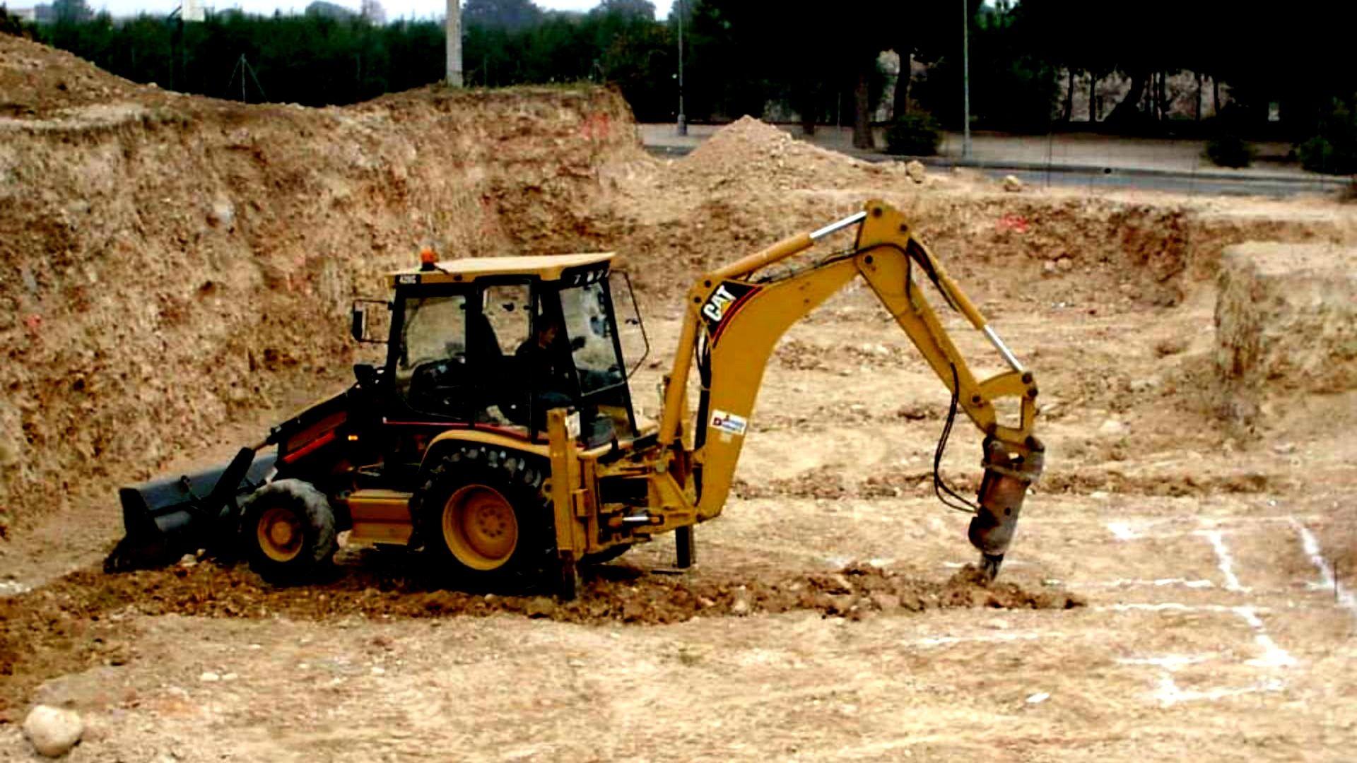 Excavaciones y transportes Joaquín y Domingo