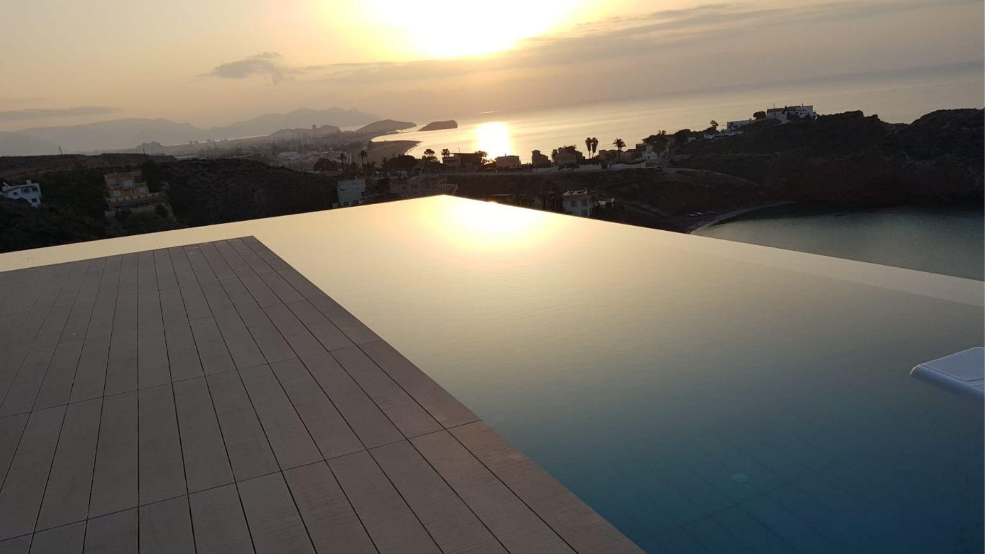 Todo tipo de piscinas en Murcia
