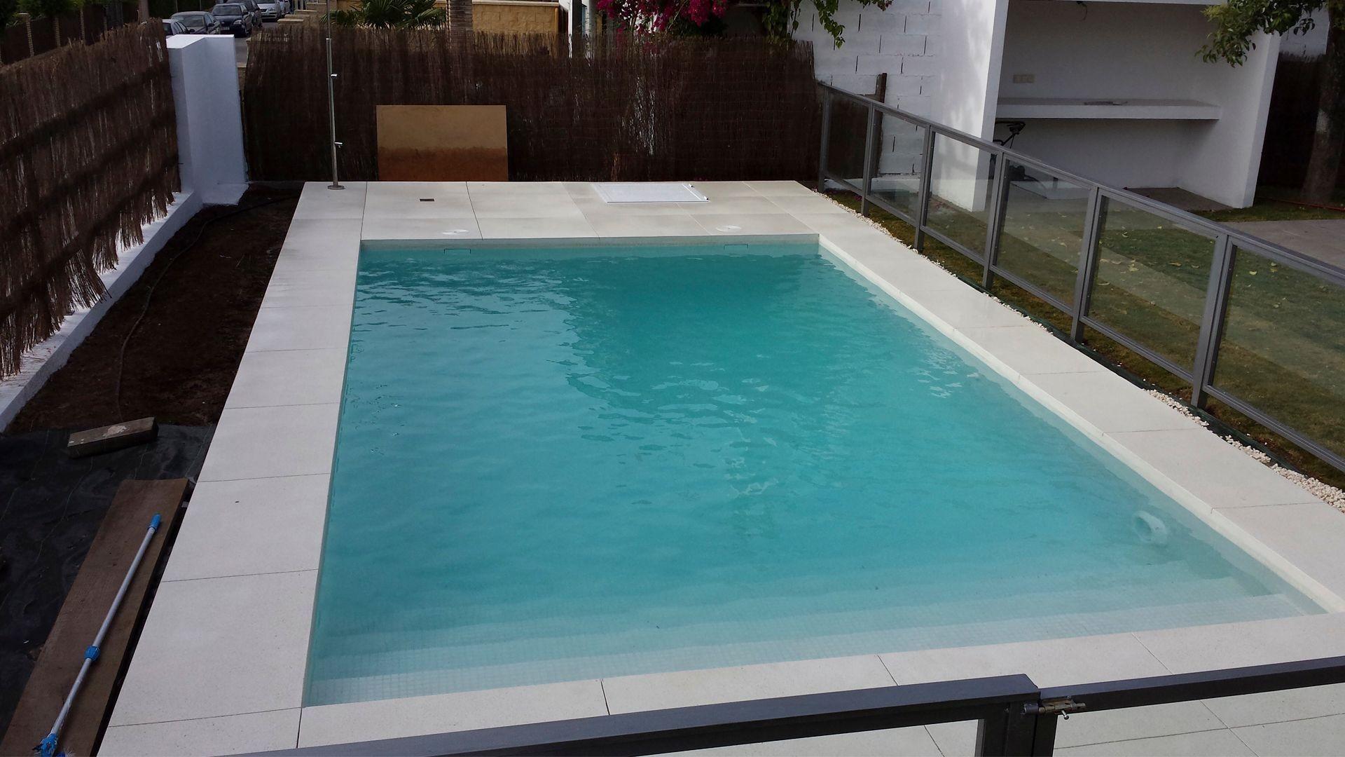 construcci n de piscinas en sevilla piscinas kaelia On construccion de piscinas en sevilla