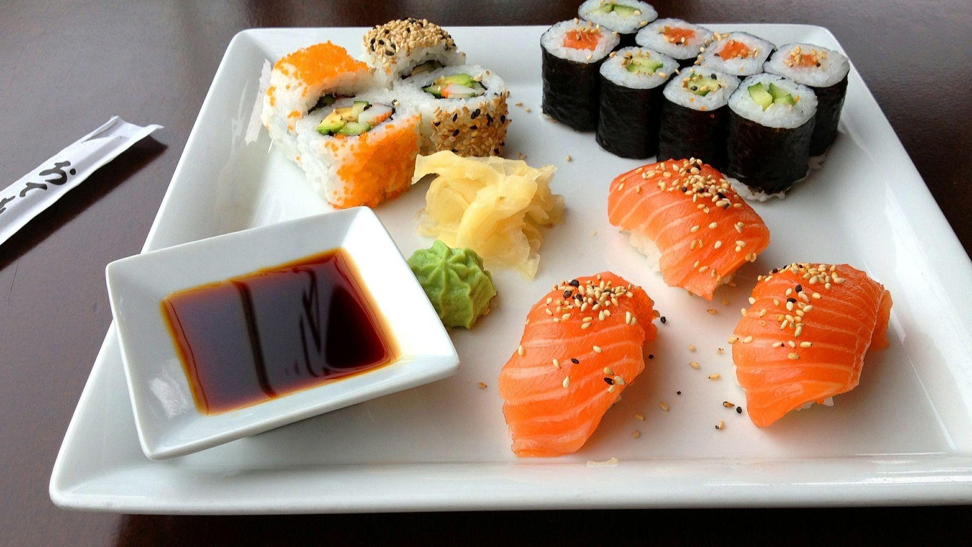 sushi-599721_1920