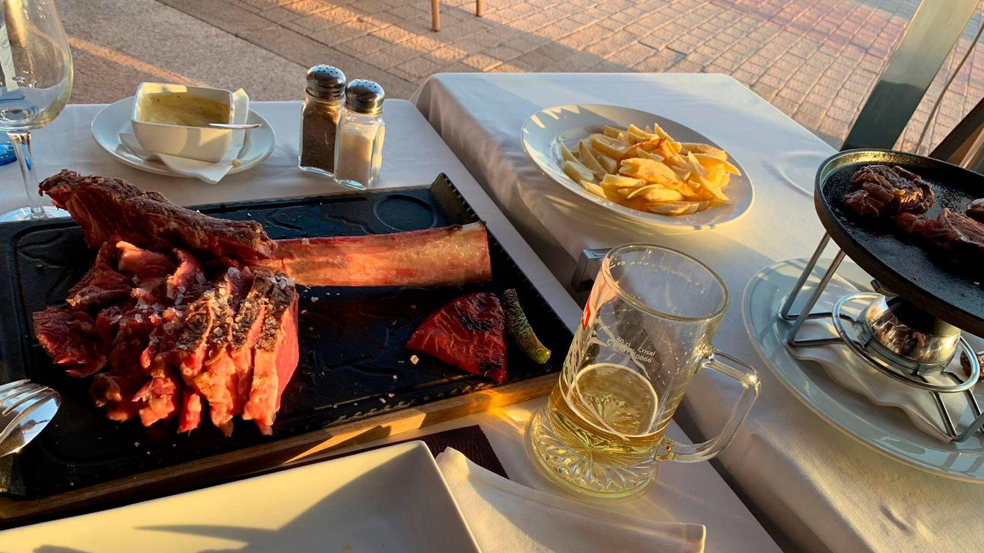 Restaurante de cocina vasco-gallega en San Bartolomé de Tirajana