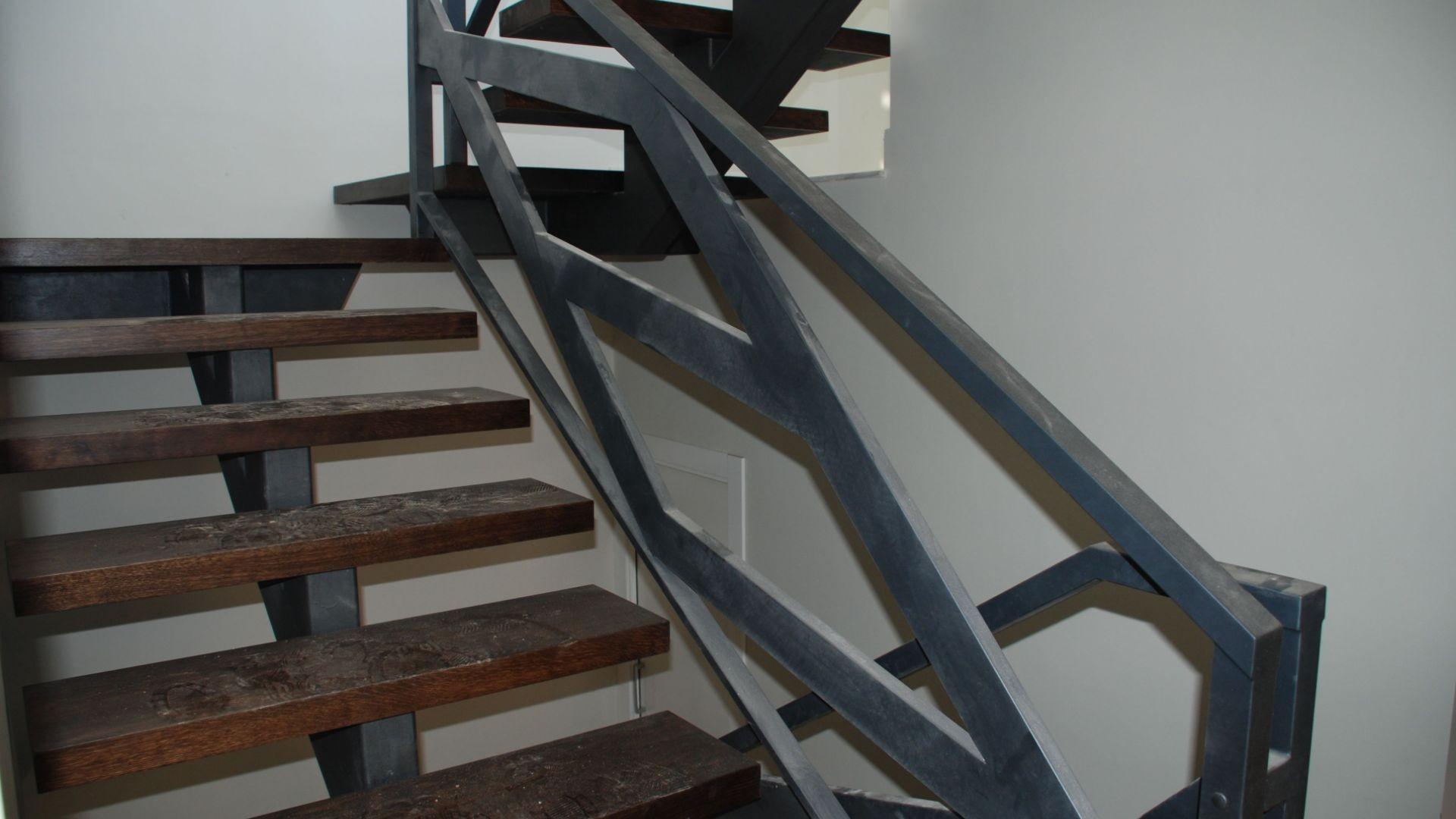 Escaleras de hierro para interior