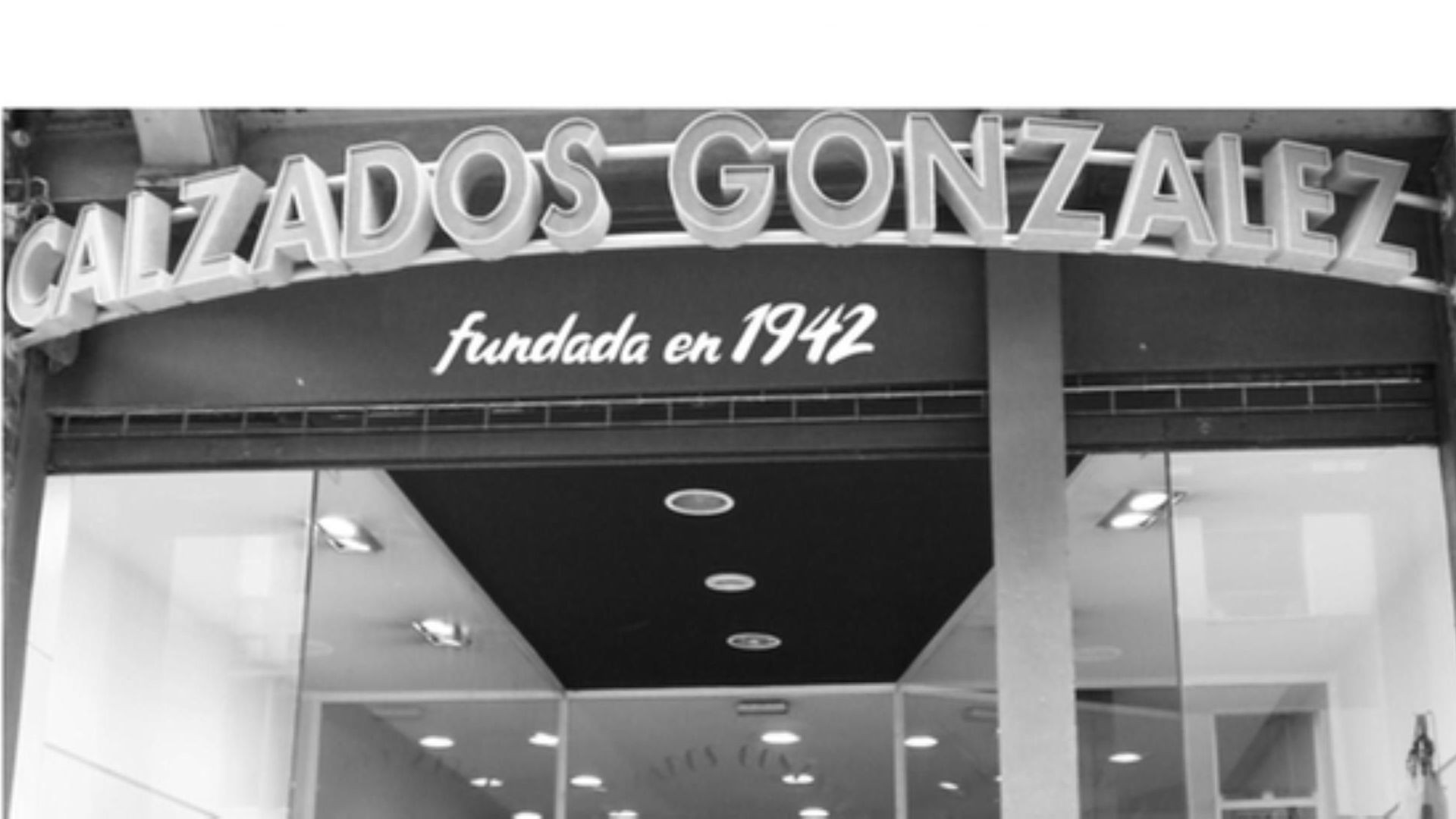 calz_gonzalez-triangle