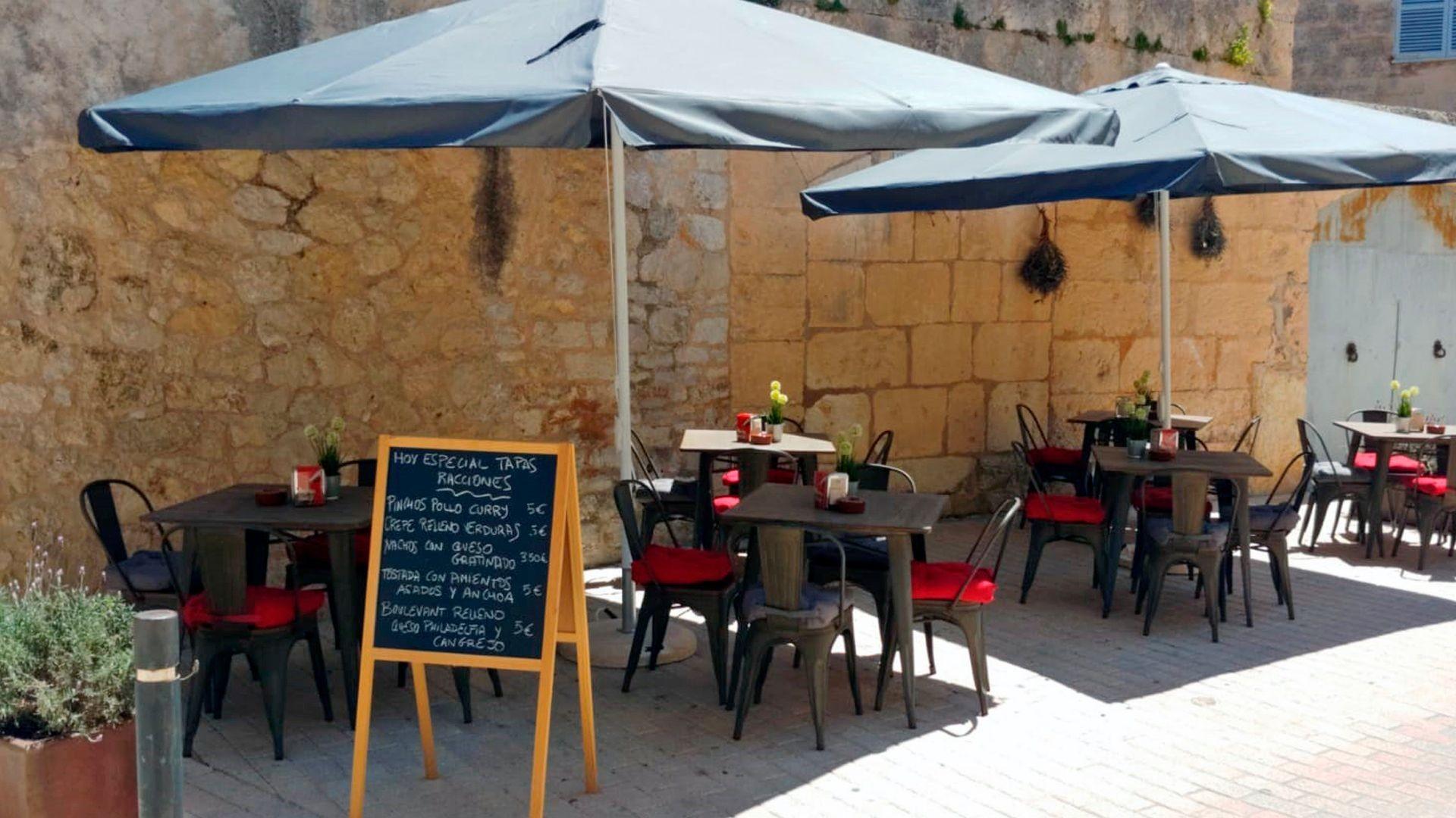 Restaurante con terraza en Son Servera