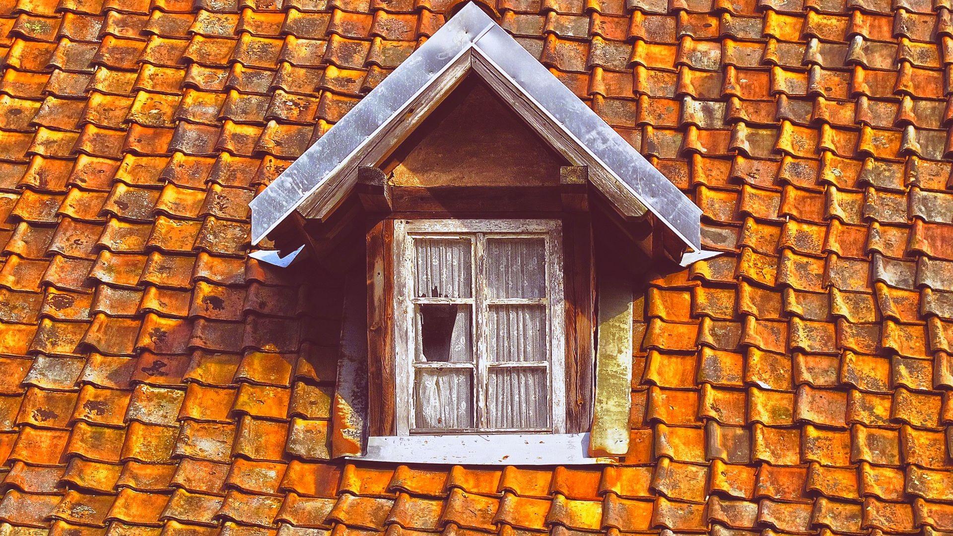 Un techo antiguo, agradecido con poliuretano!