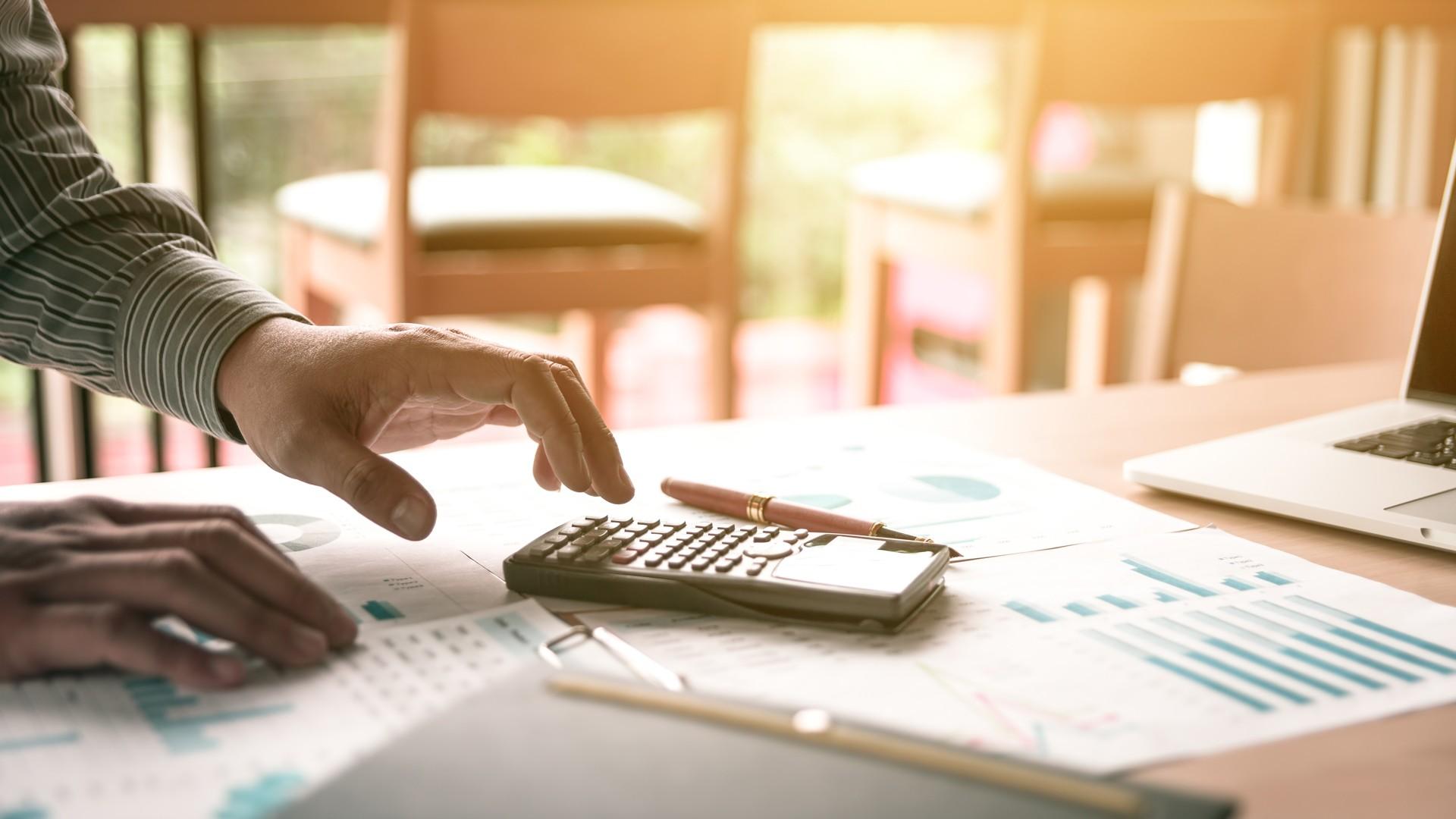 000 gestoria asesoria inmobiliaria contable economia calculadora