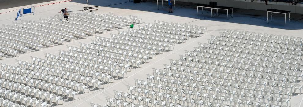 Alquiler de mesas y sillas en Oviedo