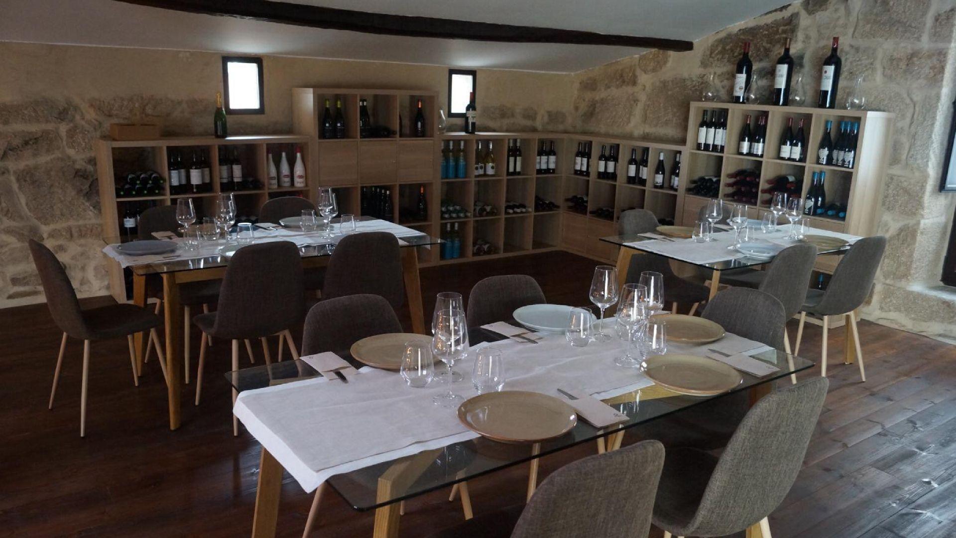 Restaurante de cocina tradicional en Nogueira de Ramuín