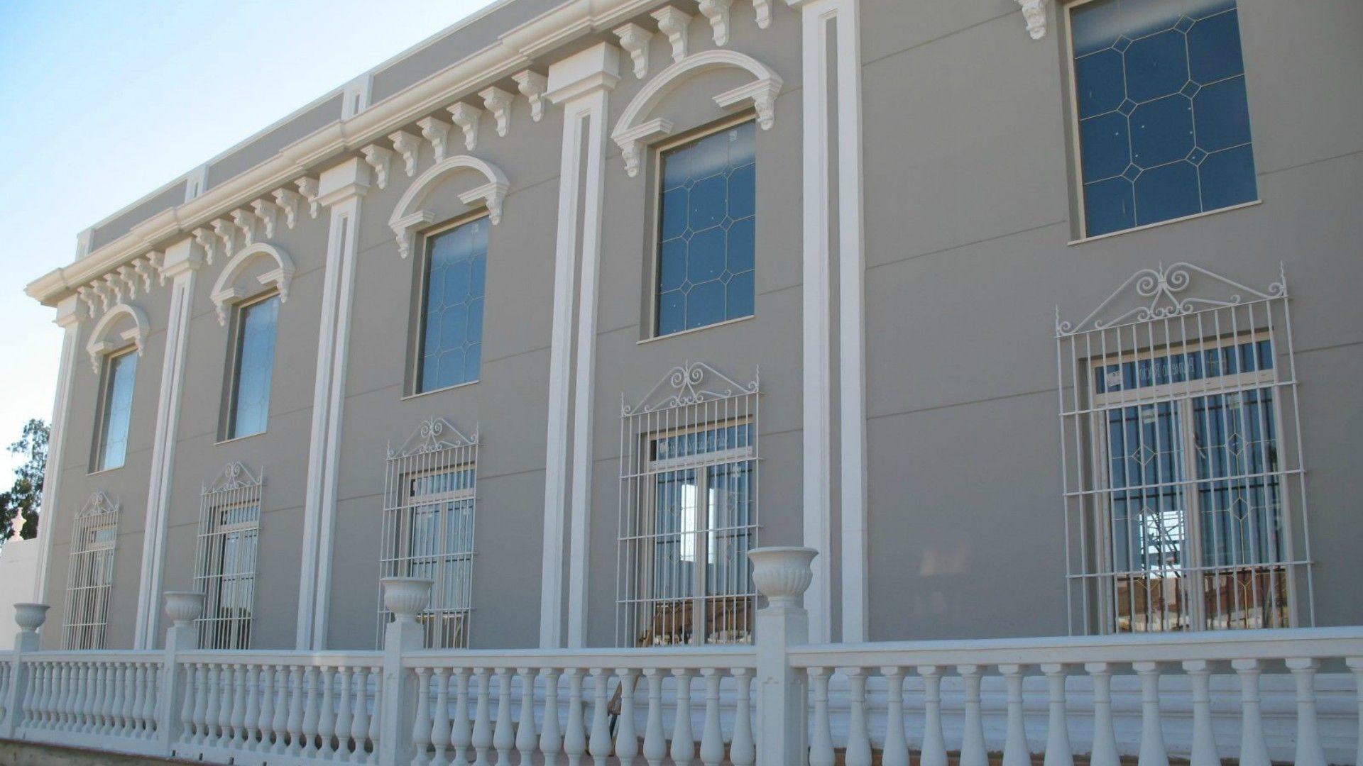 Molduras de hormigón para fachadas