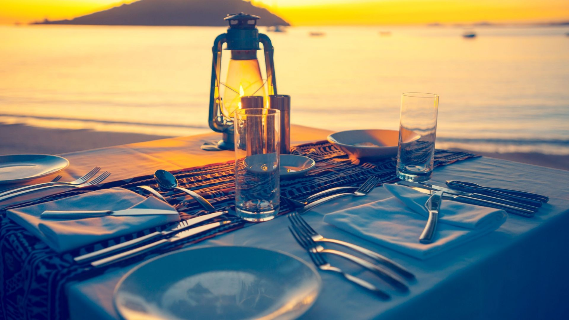Restaurante en Ibiza al lado del mar