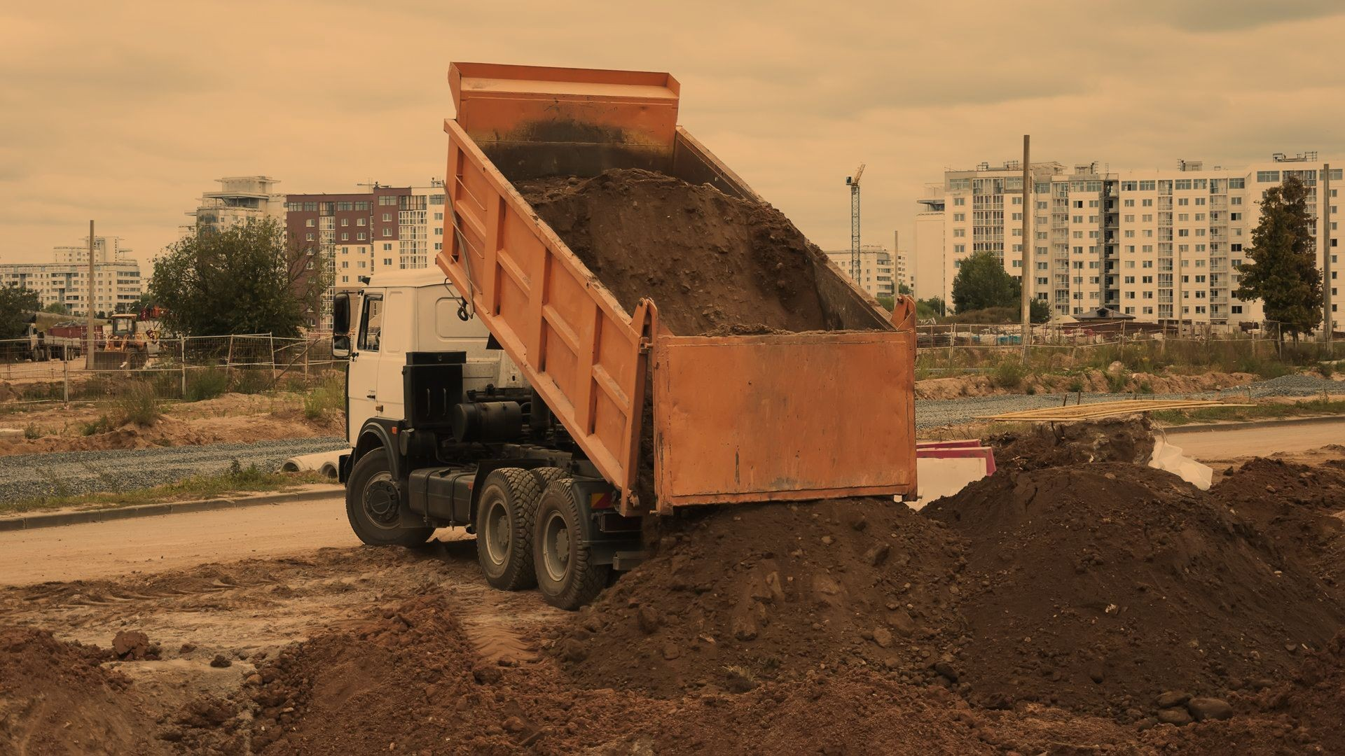 Empresa de transporte de material de construcción en Pontevedra