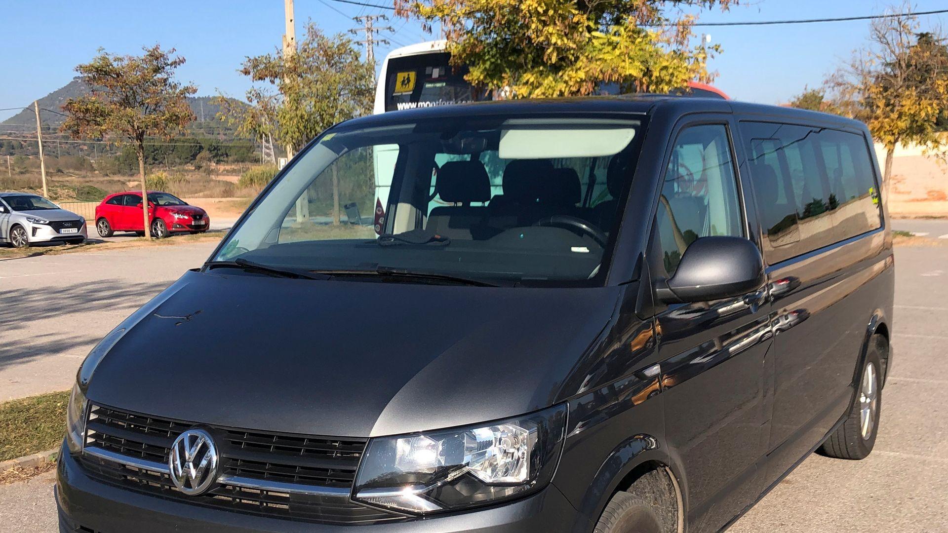 Taxi adaptado para traslados al aeropuertos en Manresa