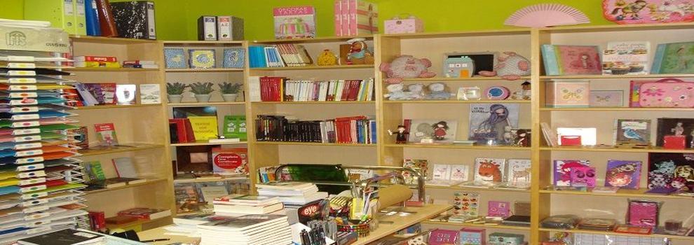 Librería en Tres Cantos   La Librería de Islas - Papelería y Regalos