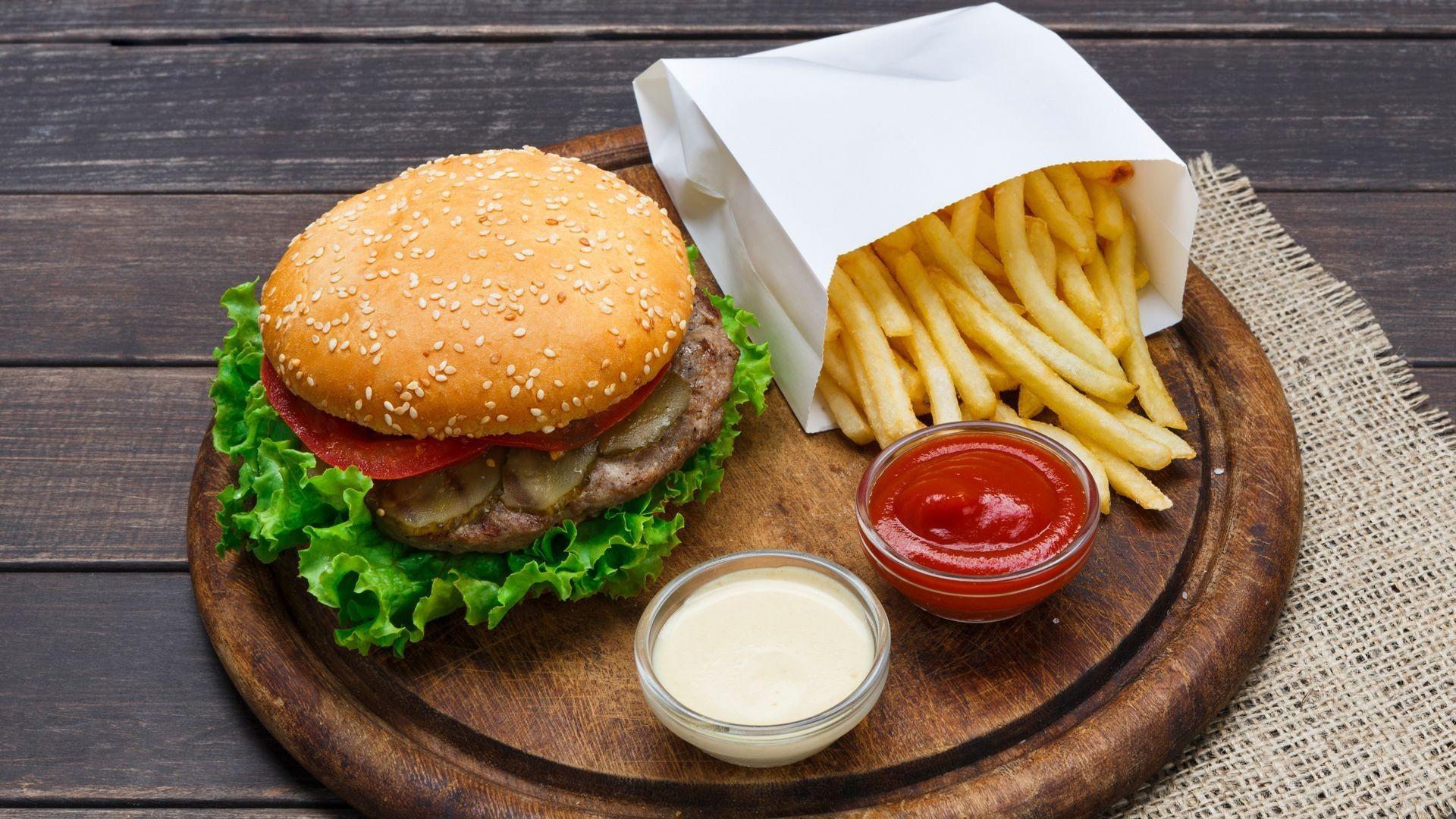 Bar ambulante de hamburguesas en Las Ventas de Retamosa