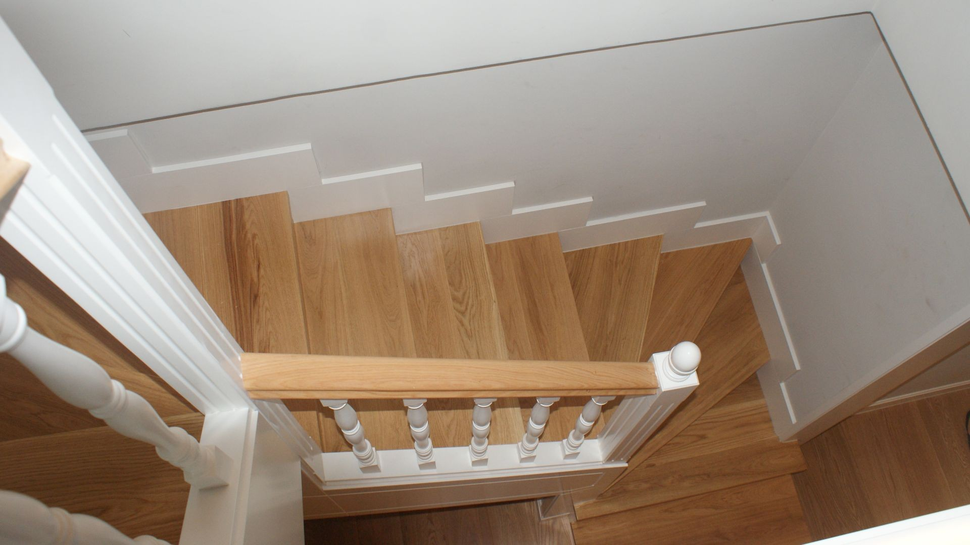 escalera de madera en Madrid