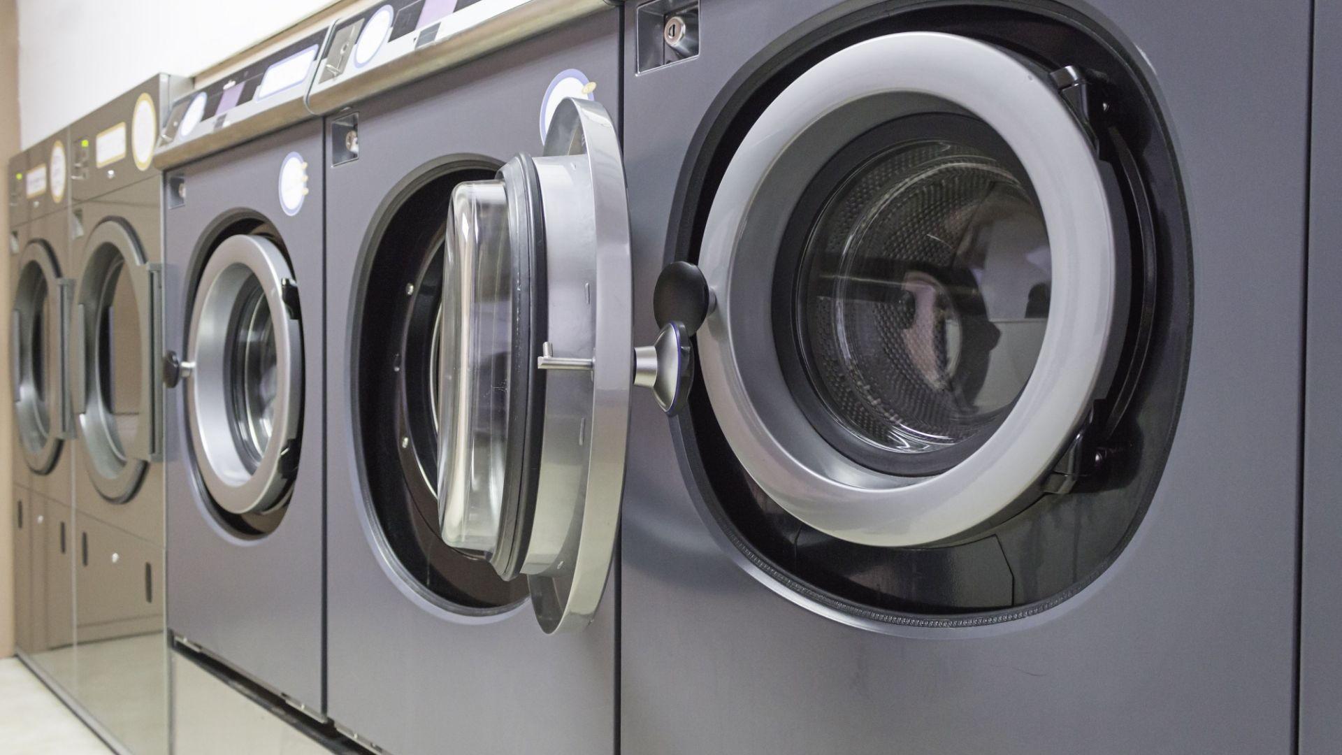 Le solucionamos el lavado y el planchado