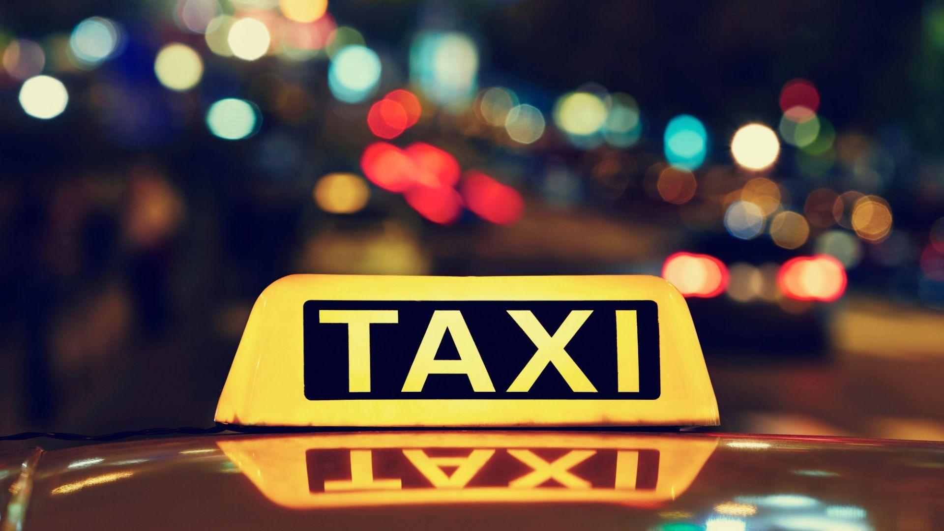 Taxis pago con tarjeta, puntualidad, seriedad y confort