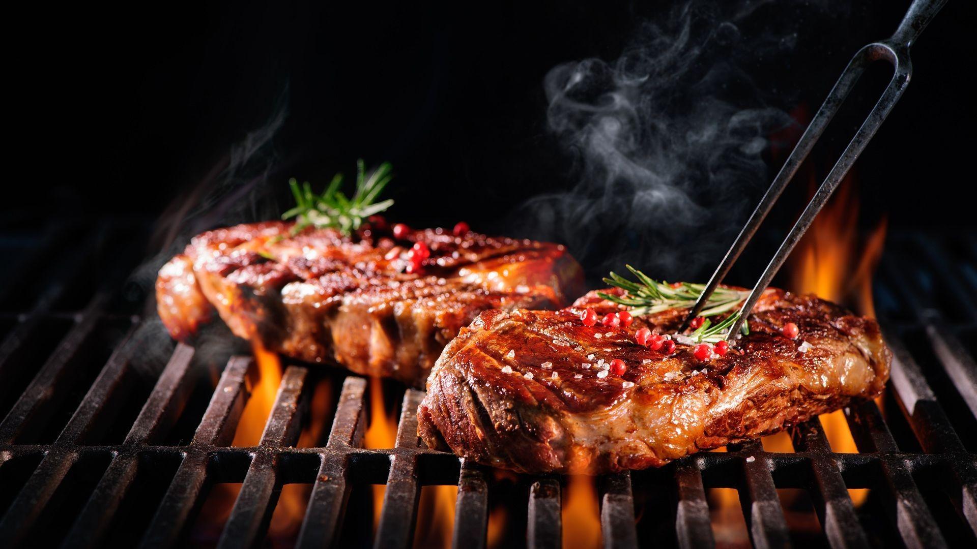 Especialñida en carnes a ala brasa en Tres Cantos
