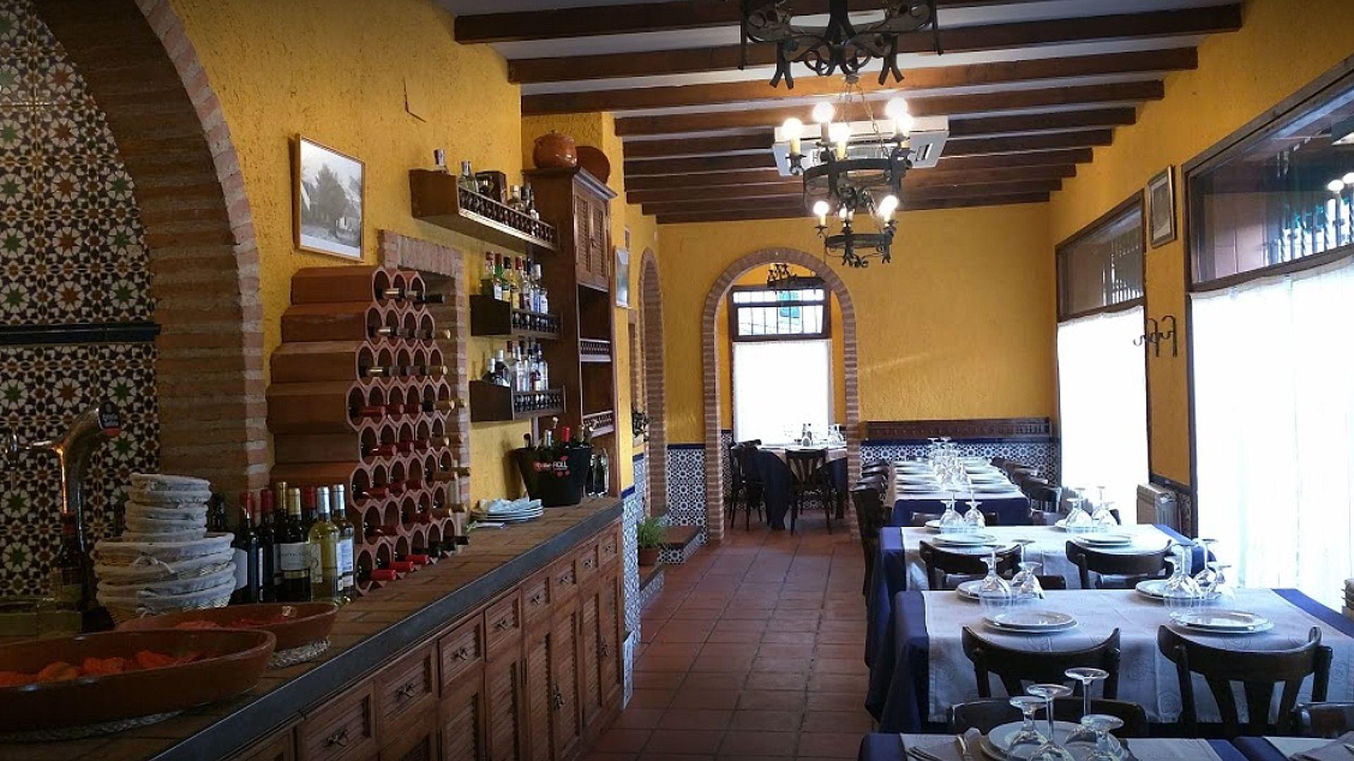 Restaurante con especialidad en asados en Bustarviejo
