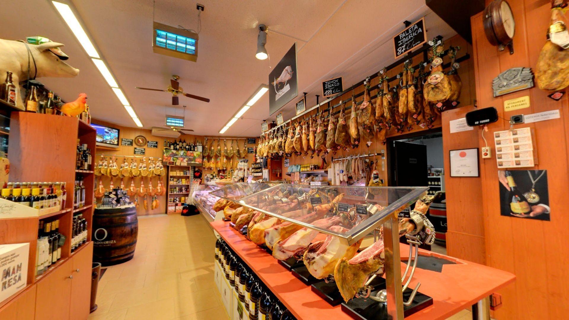 Tienda de embutidos ibéricos en Manresa