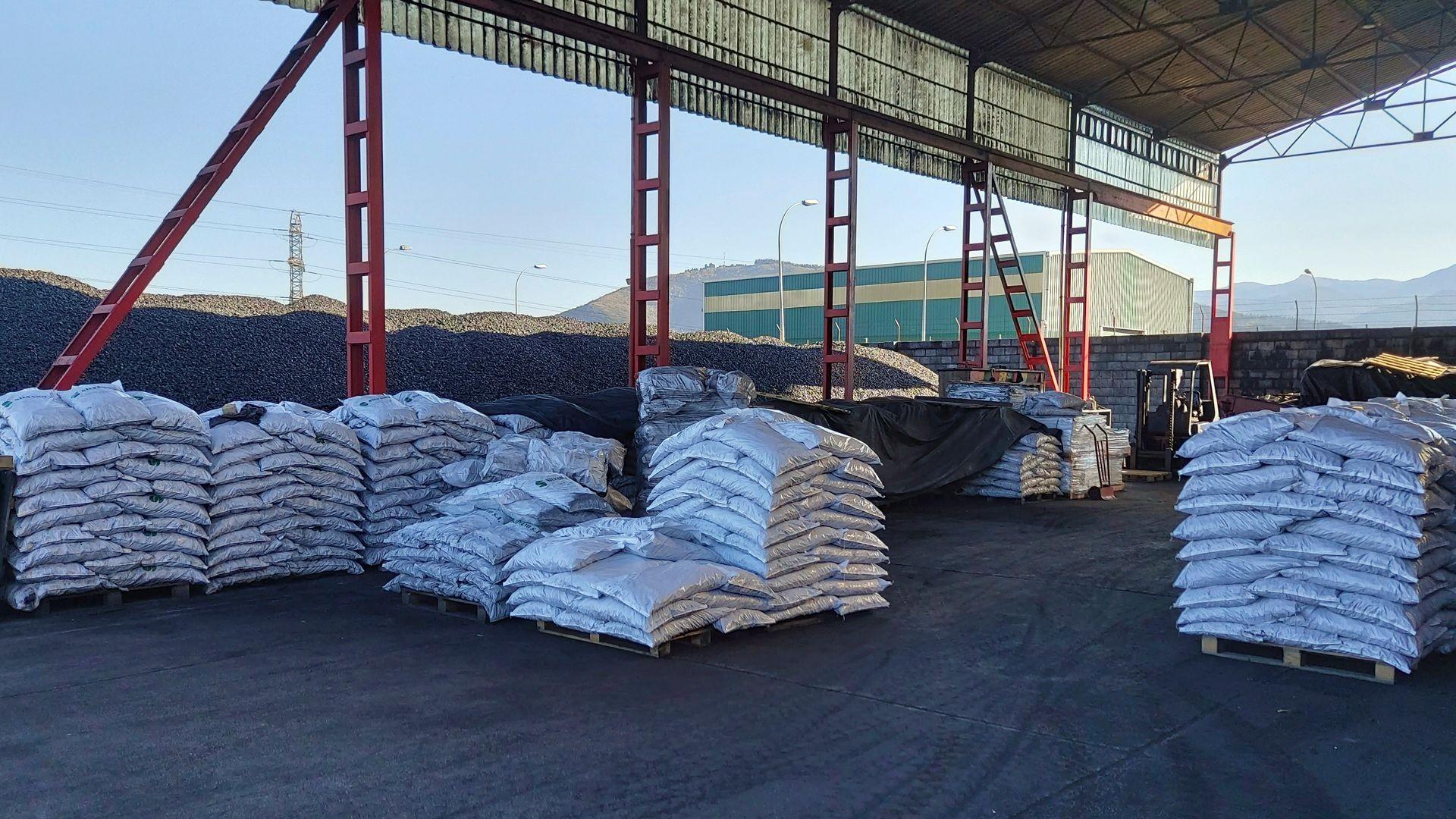 Carbón mineral y leña en el Bierzo