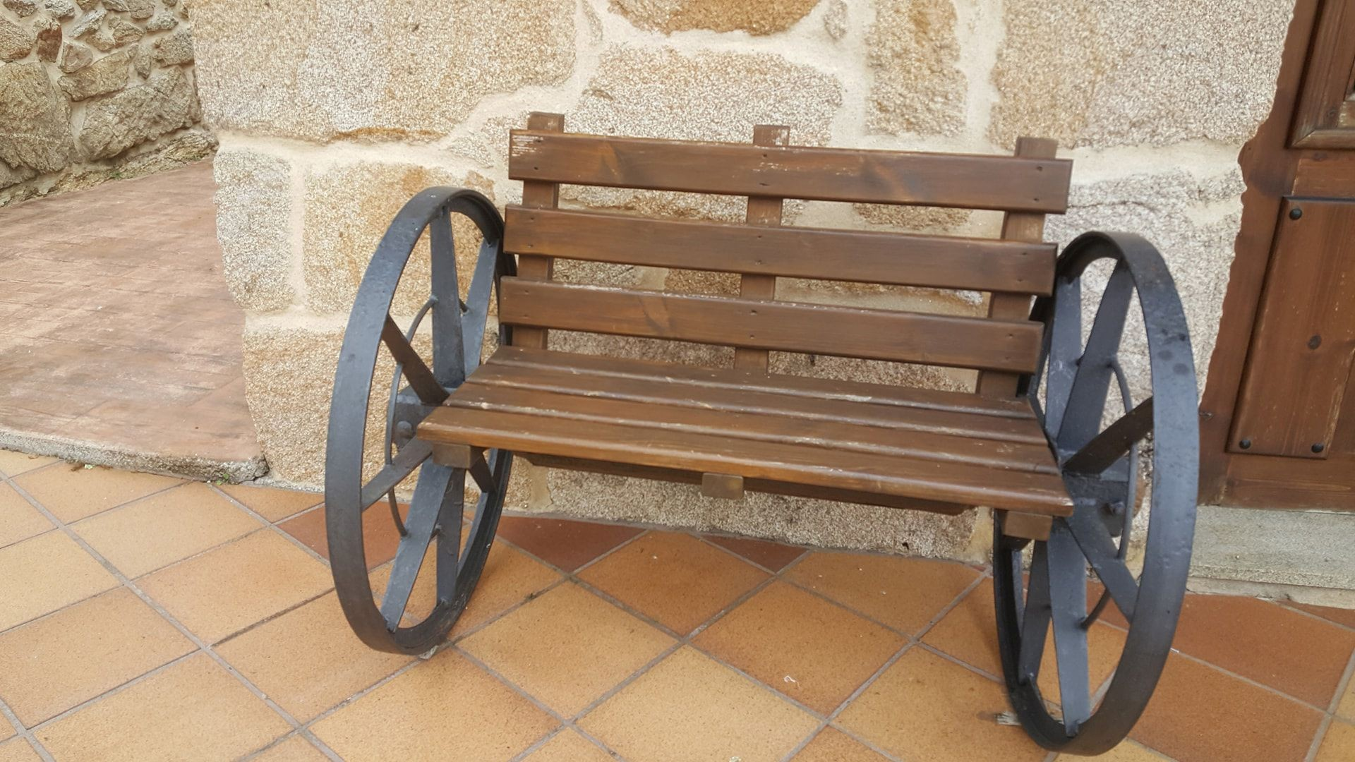 Muebles a media en Pontevedra