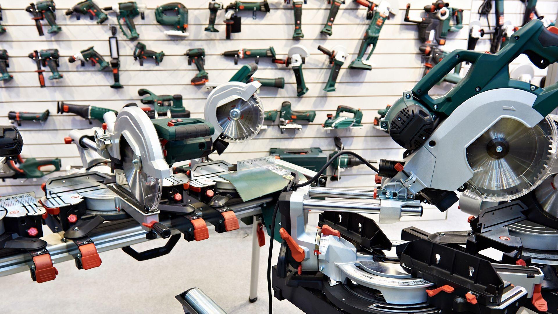 Reparación y venta de maquinaria de construcción