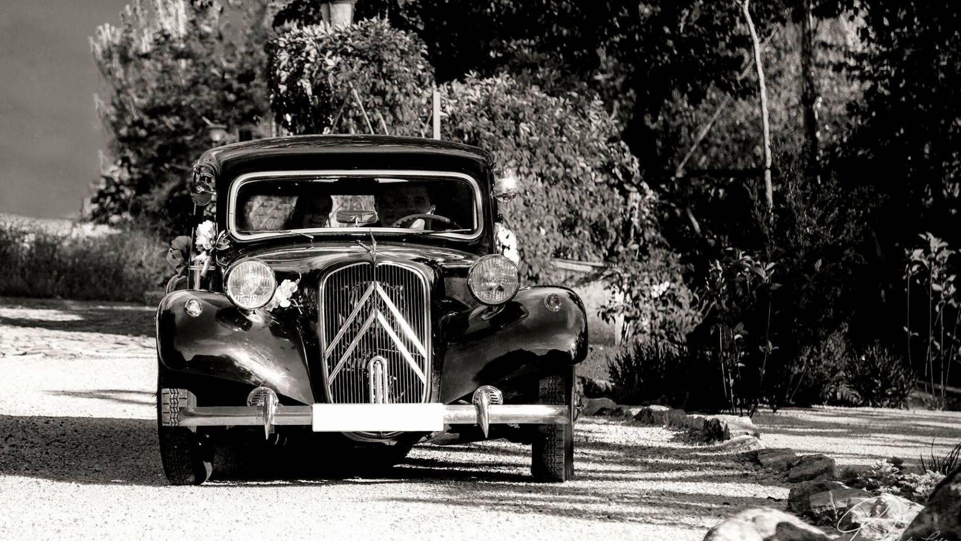 Alquiler de vehículos clásicos para eventos en Getafe