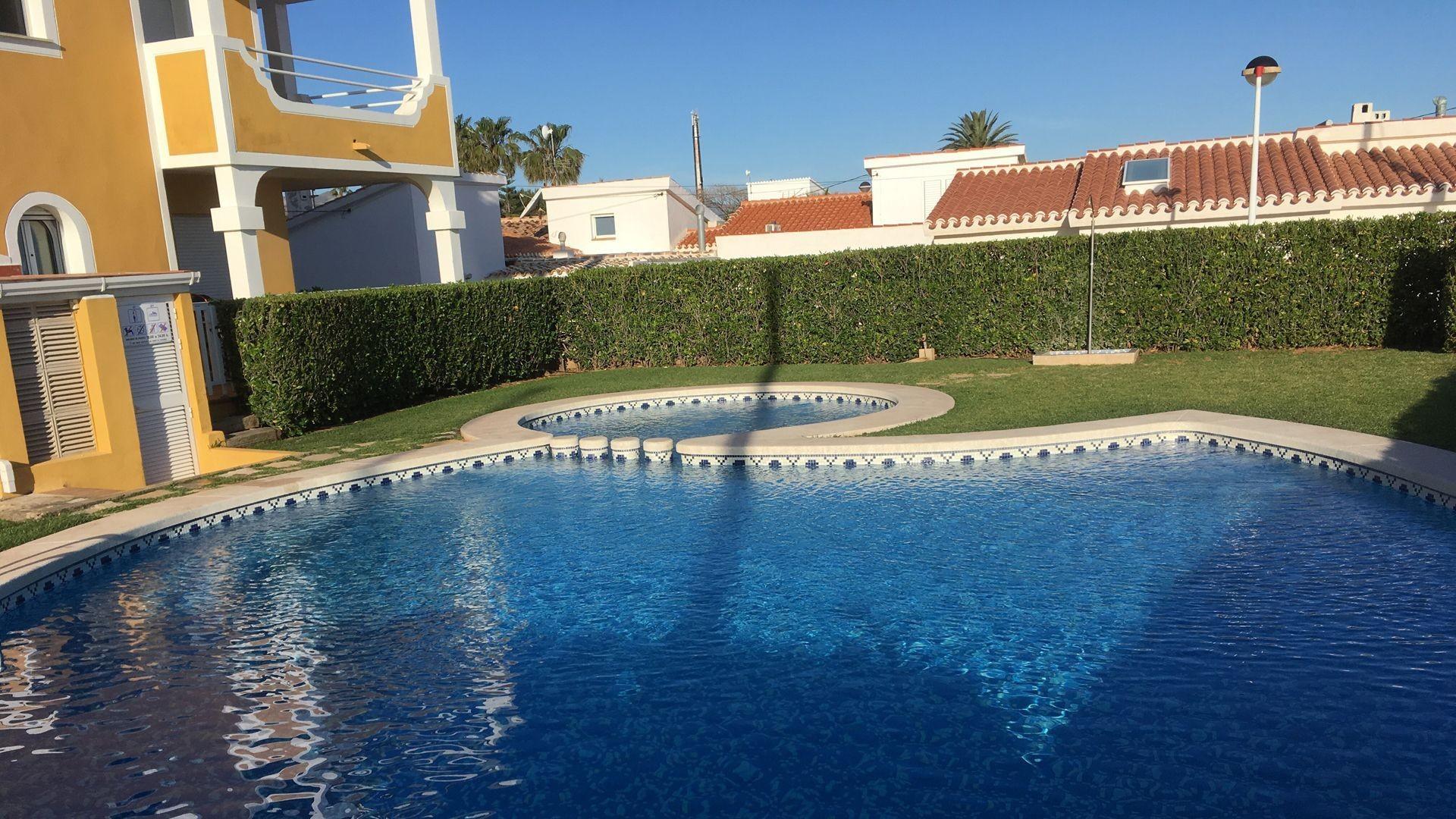 Diseño. construcción y mantenimiento de jardines y piscinas en Valencia