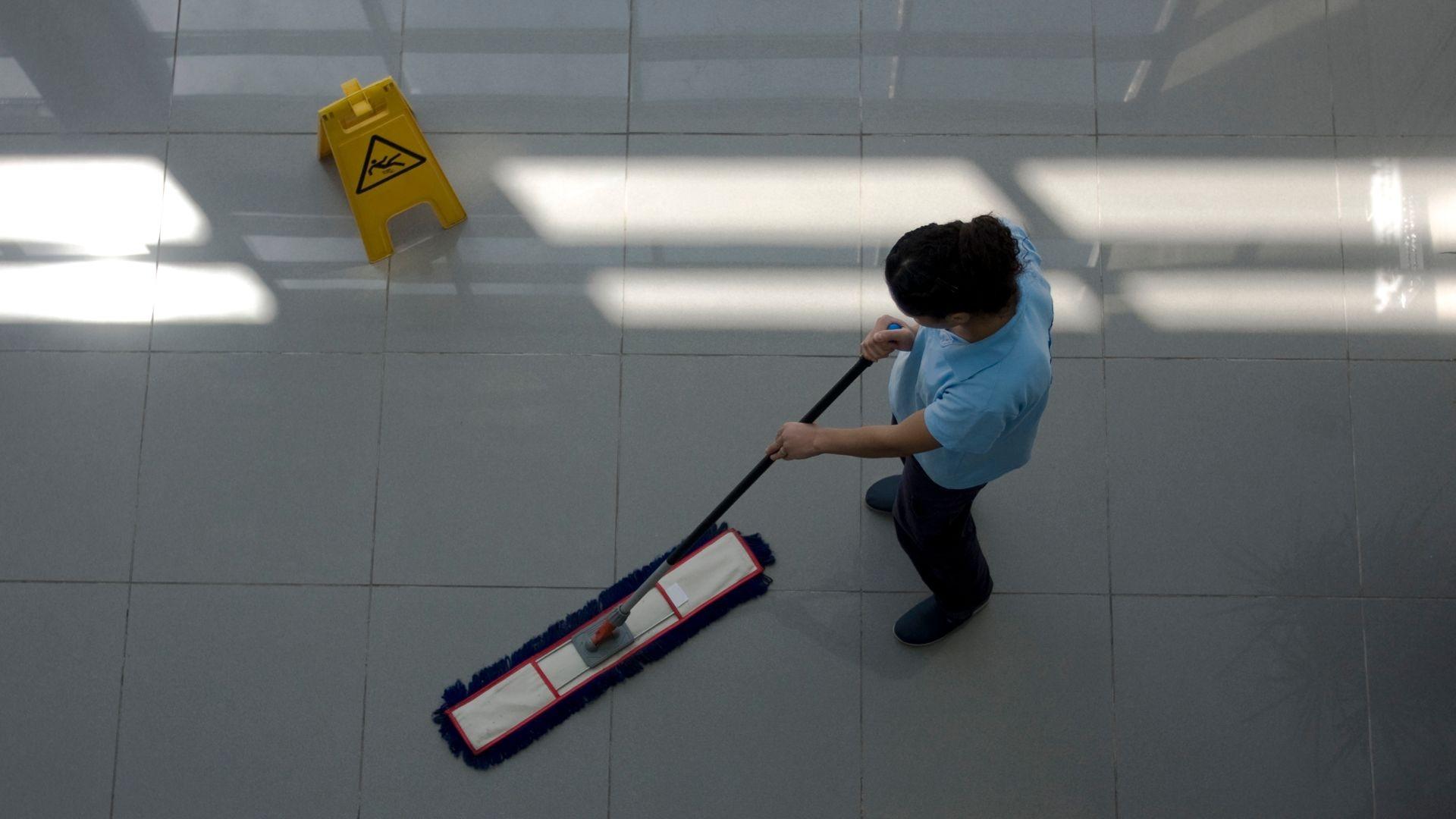 000 limpieza suelos   (2)