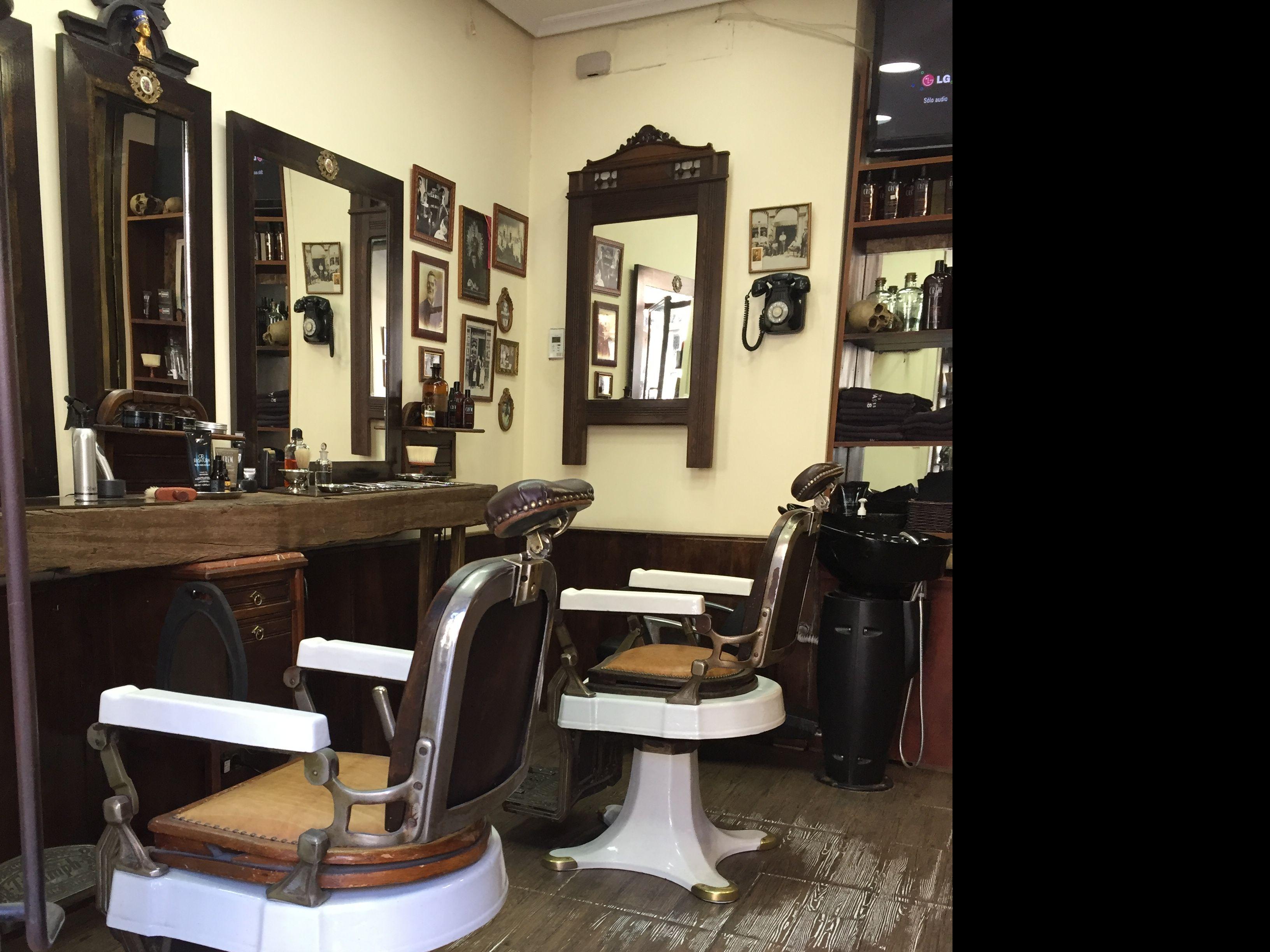 Peluquería barbería en Malasaña.