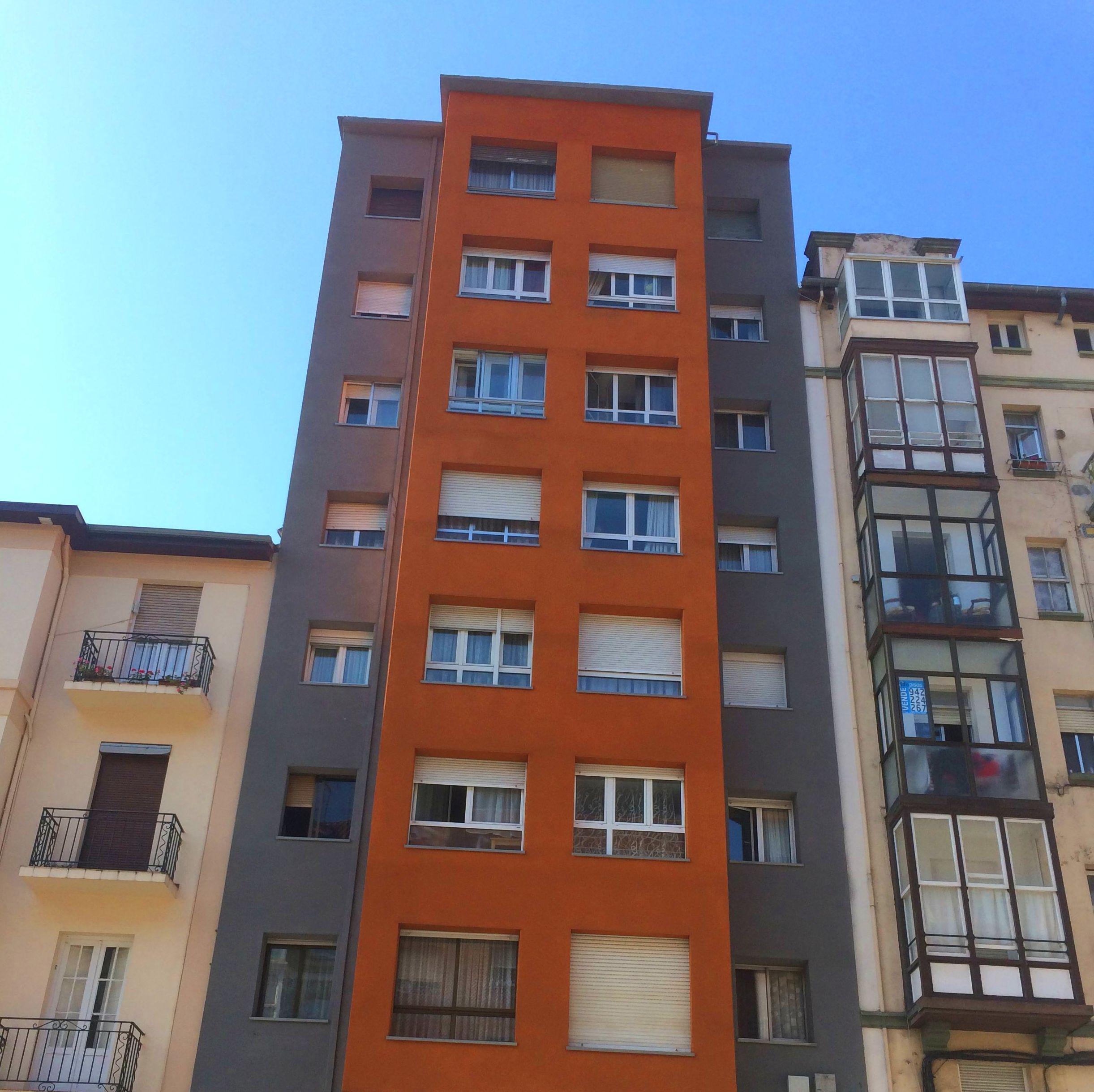 Sate aislamiento de fachadas y paredes de edificios Santander-Torrelavega.