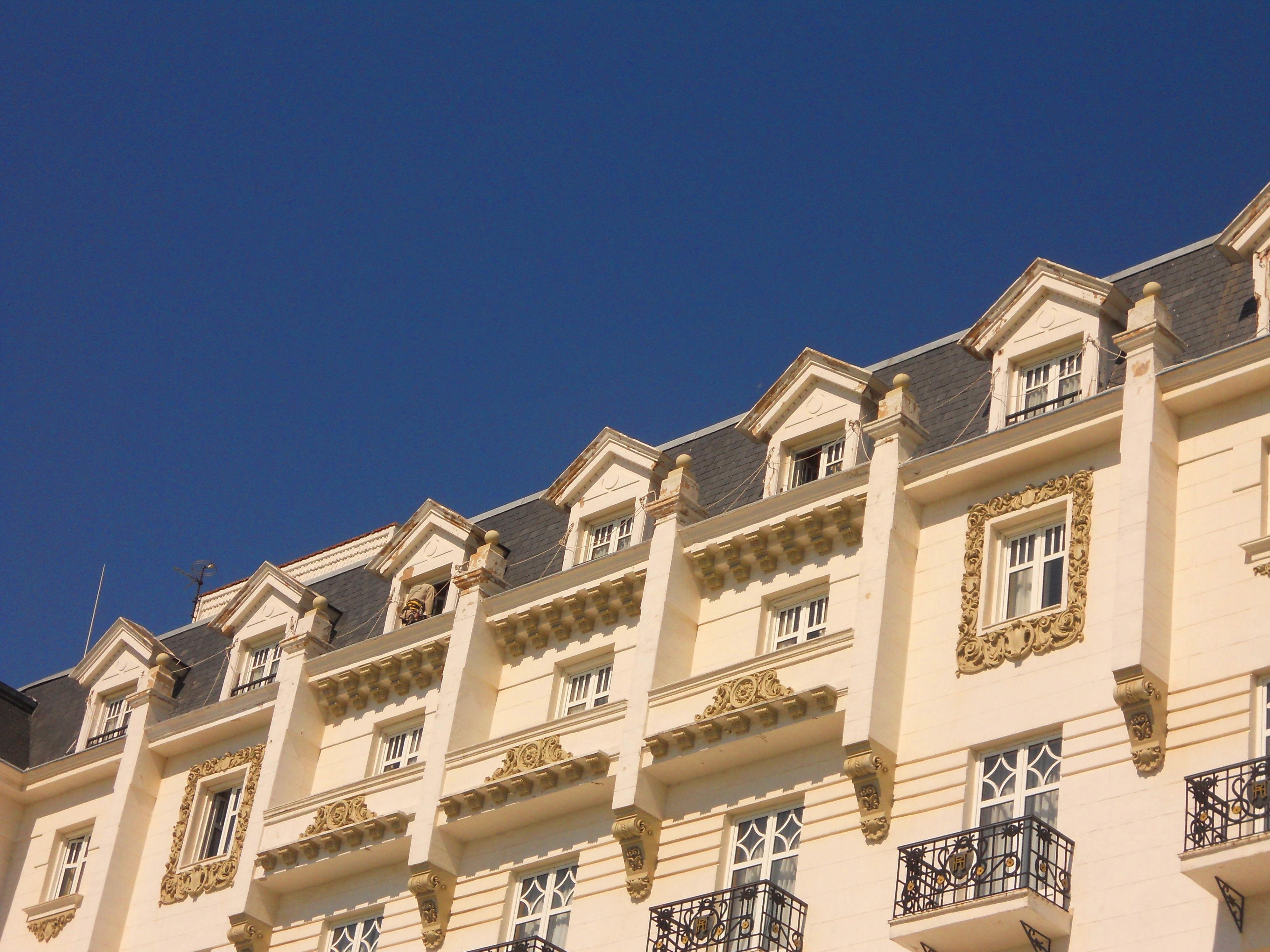 Trabajos de mantenimiento de fachadas Hotel Real Santander