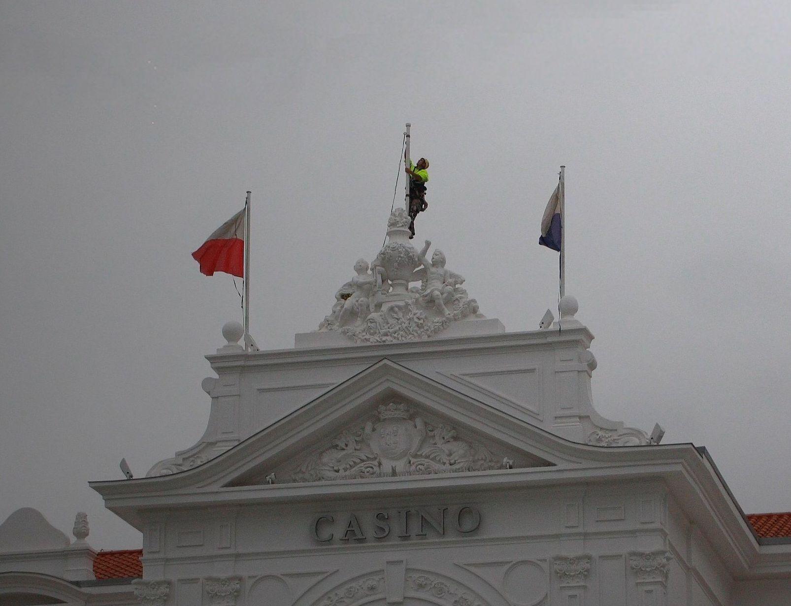 Trabajos verticales .Bandera Gran Cassino de Santander