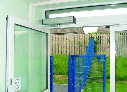 Instalación de puertas peatonales: Servicios de Vitex Ascensores