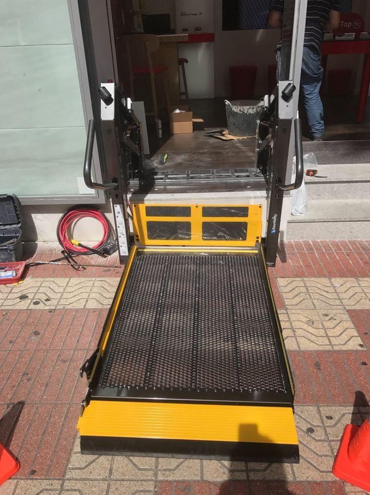 Acceso minusválidos Alicante   Reformas Carrión