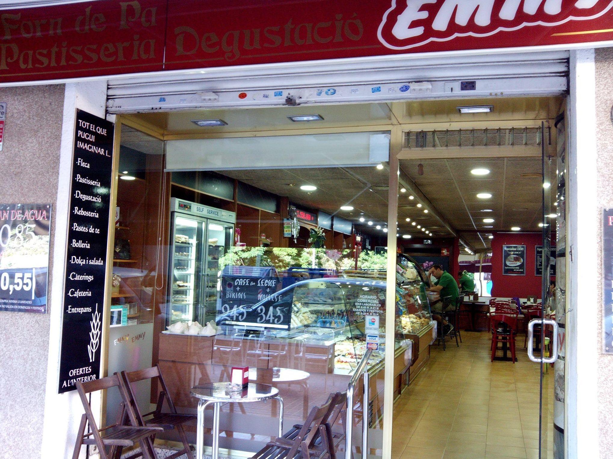 Foto 41 de Pastelerías en Granollers | EMMY Pastelería - Cafetería - Panaderia