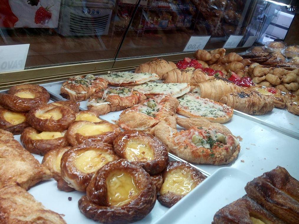 Foto 36 de Pastelerías en Granollers | EMMY Pastelería - Cafetería - Panaderia