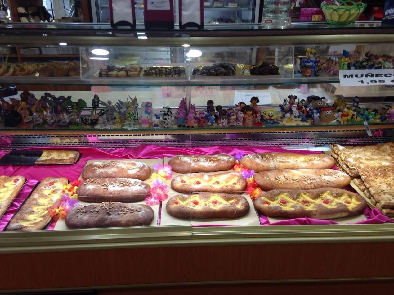 Foto 53 de Pastelerías en Granollers | EMMY Pastelería - Cafetería - Panaderia