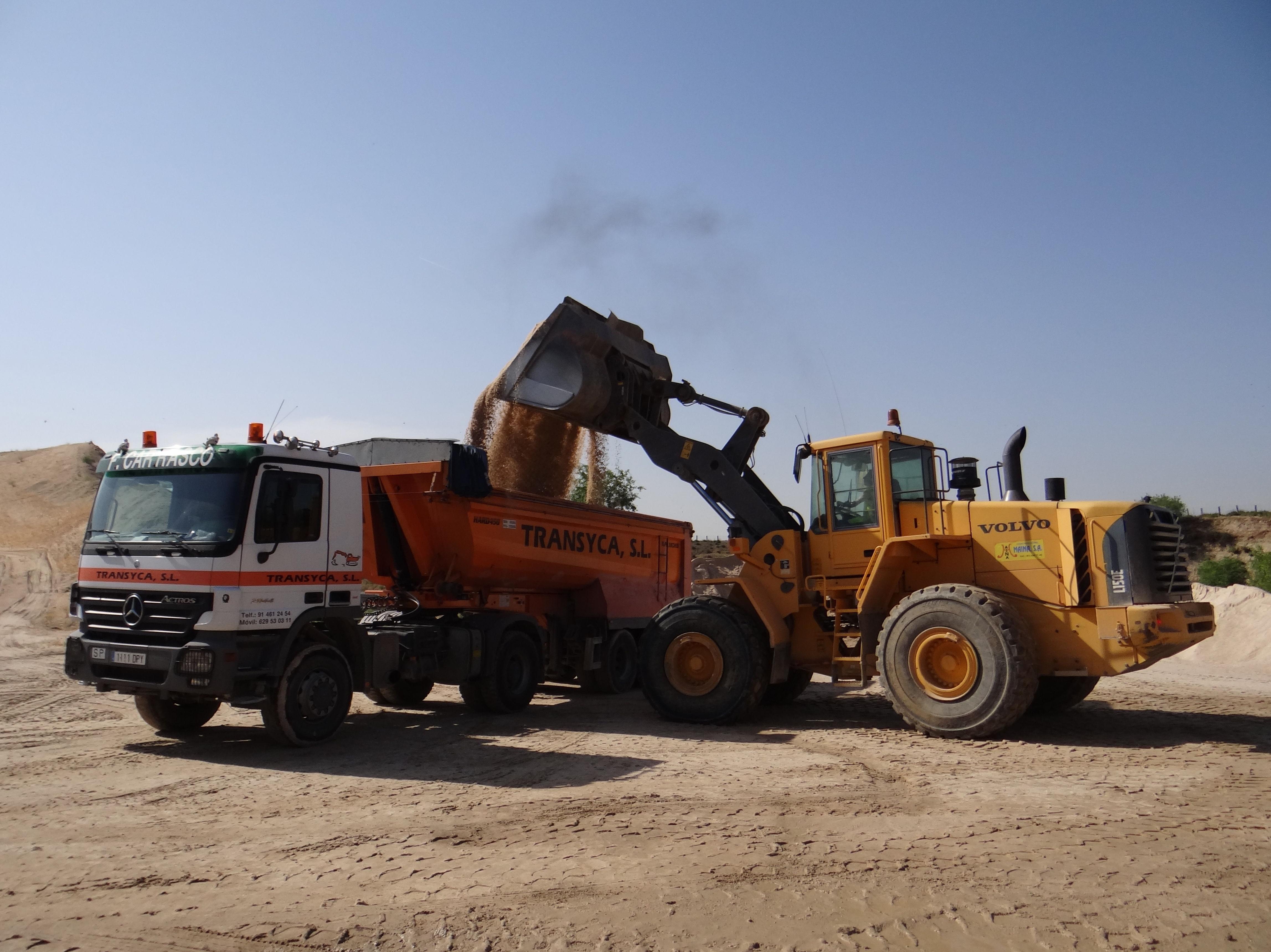 Foto 2 de Empresas de construcción y áridos en  | ARIDOS ENVASADOS PRONAJI