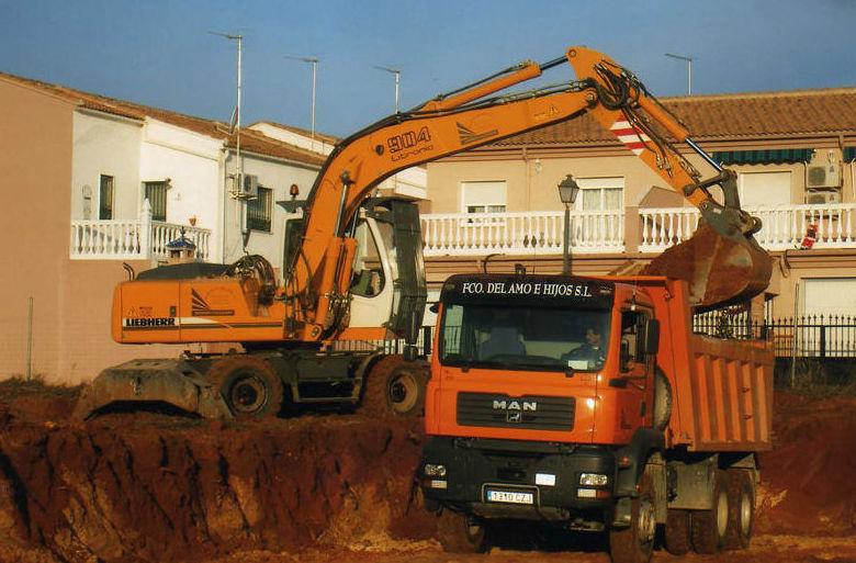 Excavaciones y movimientos de tierra Jaén