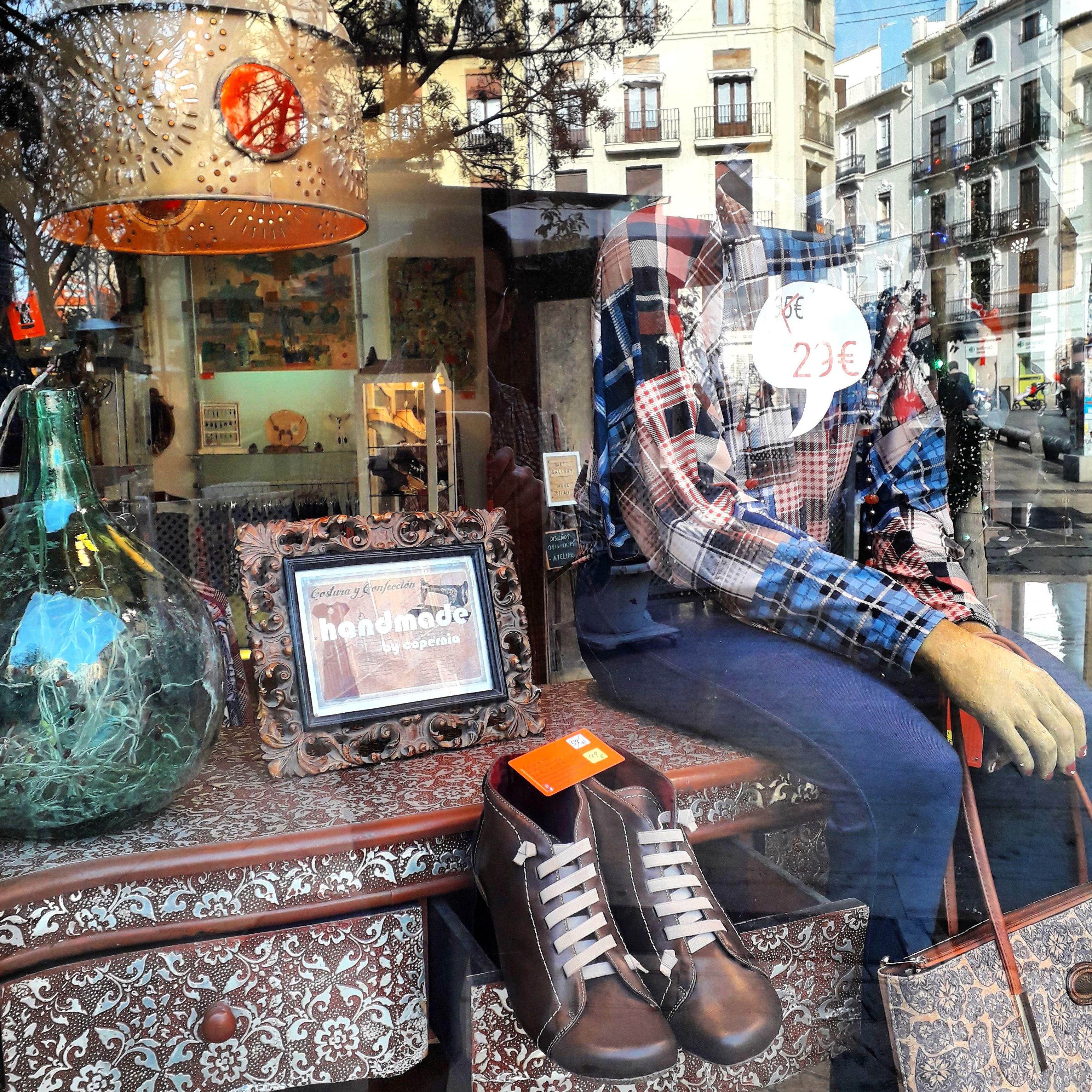 Foto 3 de Boutiques en Ciutat Vella | Copernia