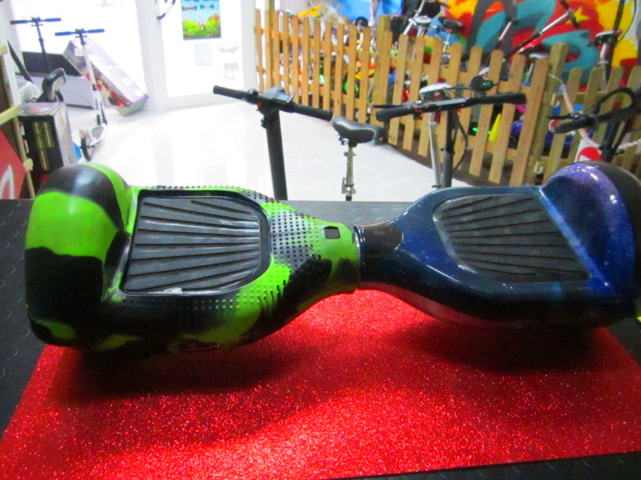 12€ funda de silicona para hoverboard de 6,5 verde negro 12€: Productos y servicios de PATIPACO