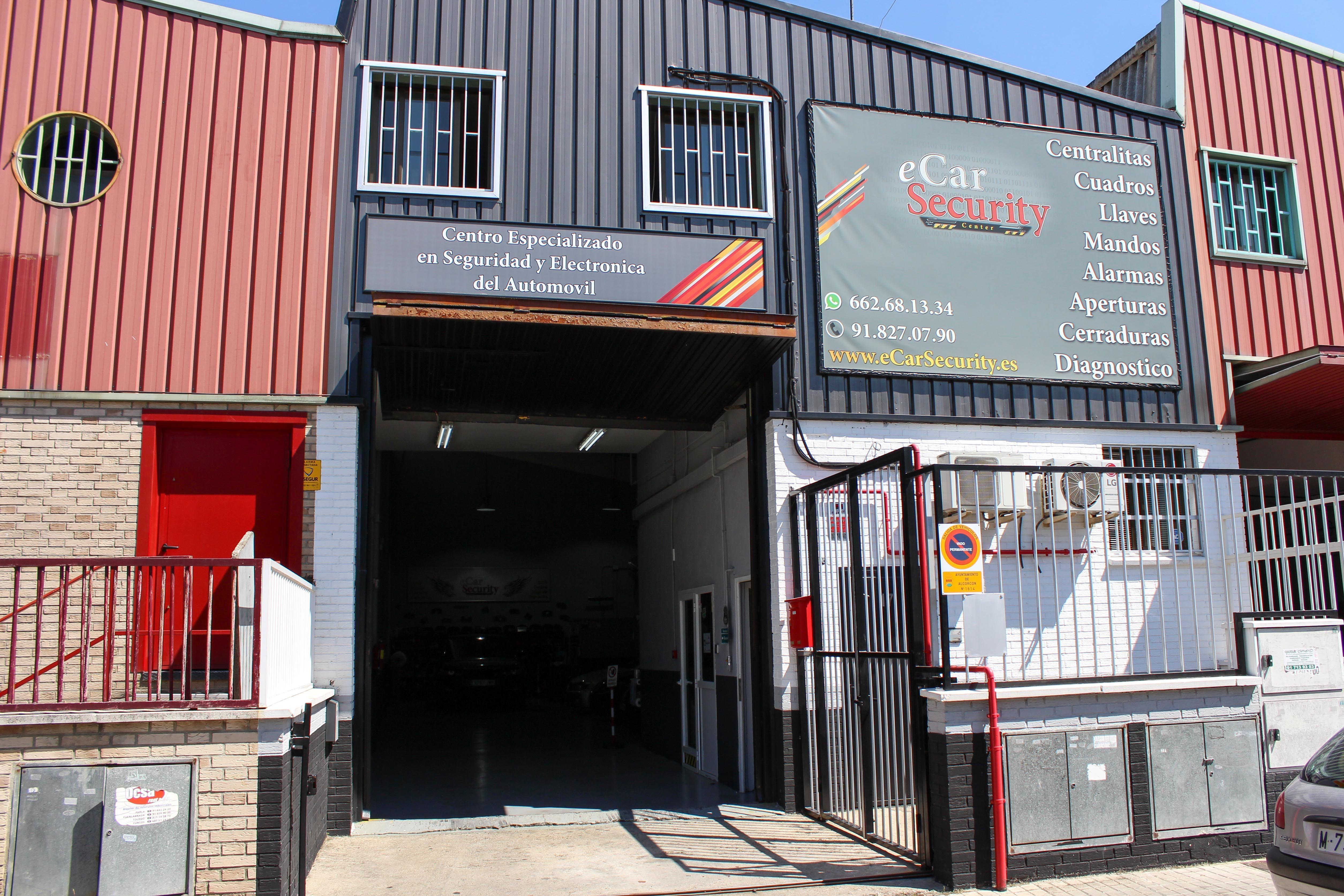 Foto 14 de Cerrajería del automóvil en Alcorcón   eCarSecurity