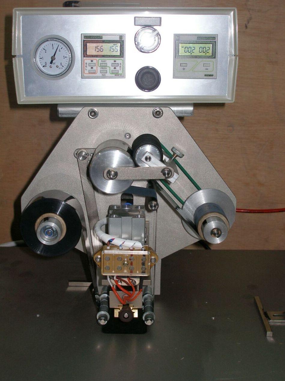 Maquina de codificación de sobremesa