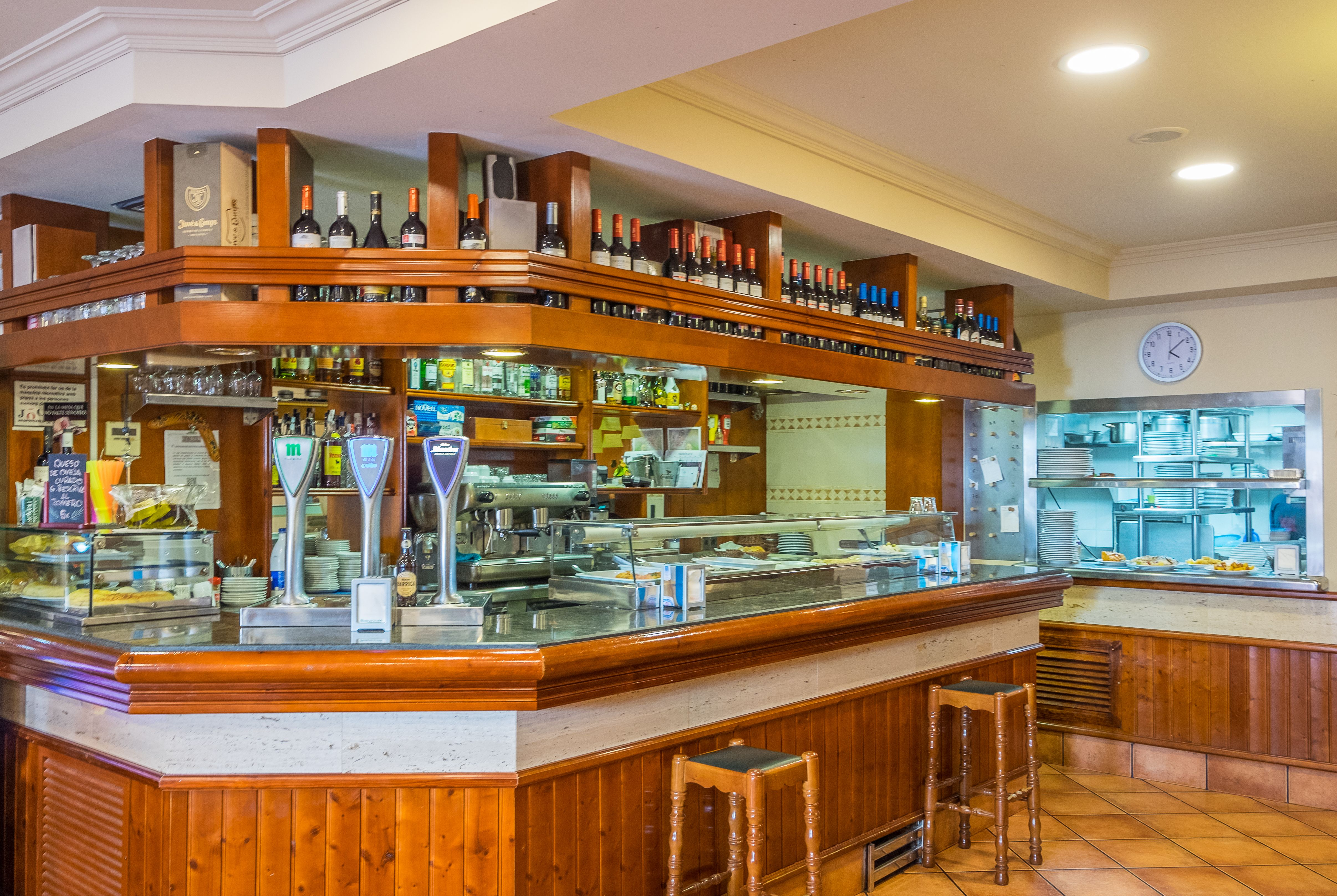 Foto 2 de Cocina andaluza en Barcelona | Bar Restaurante El Mirador de Carmelo II