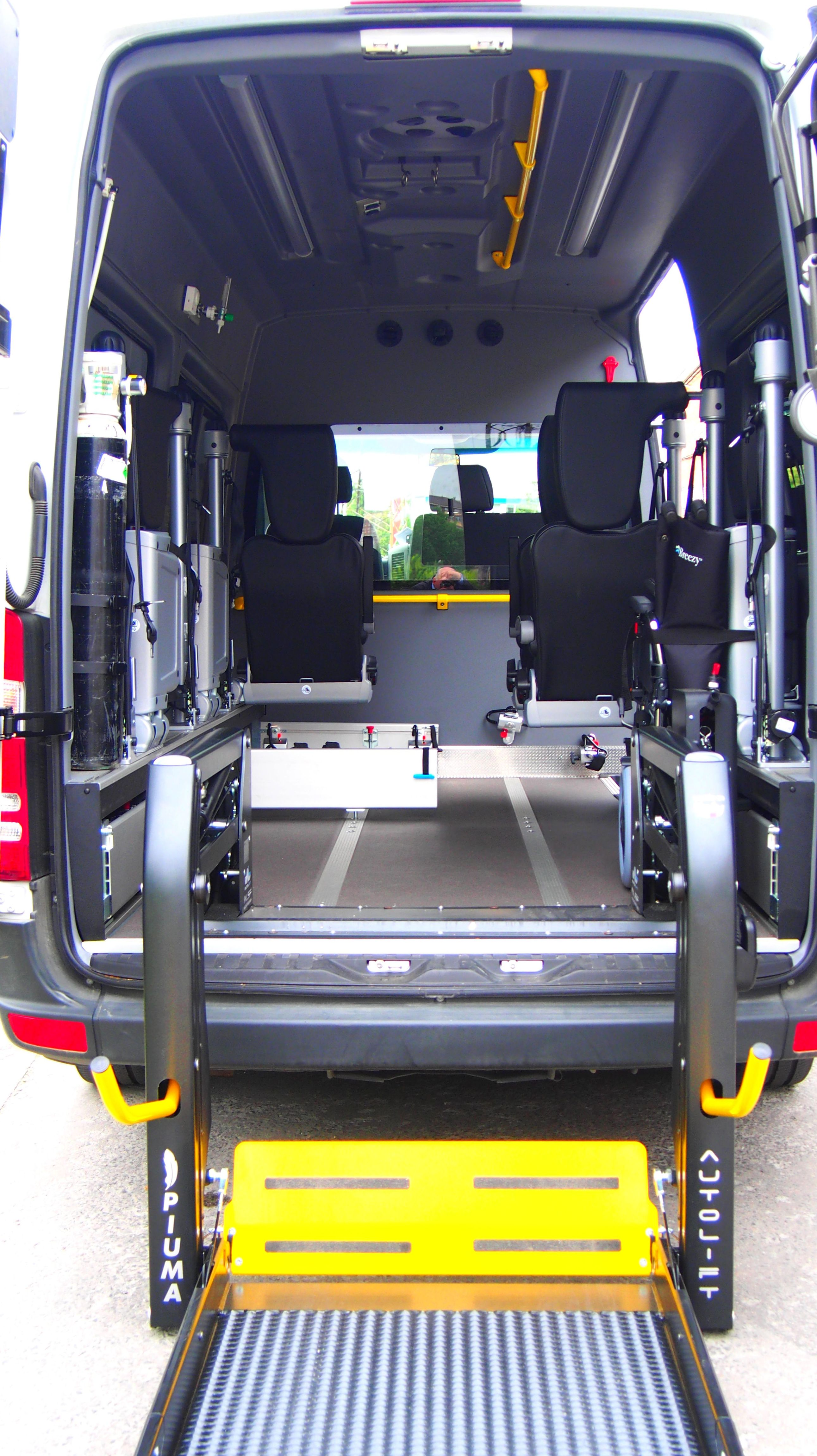 Ambulancias totalmente equipadas en Álava